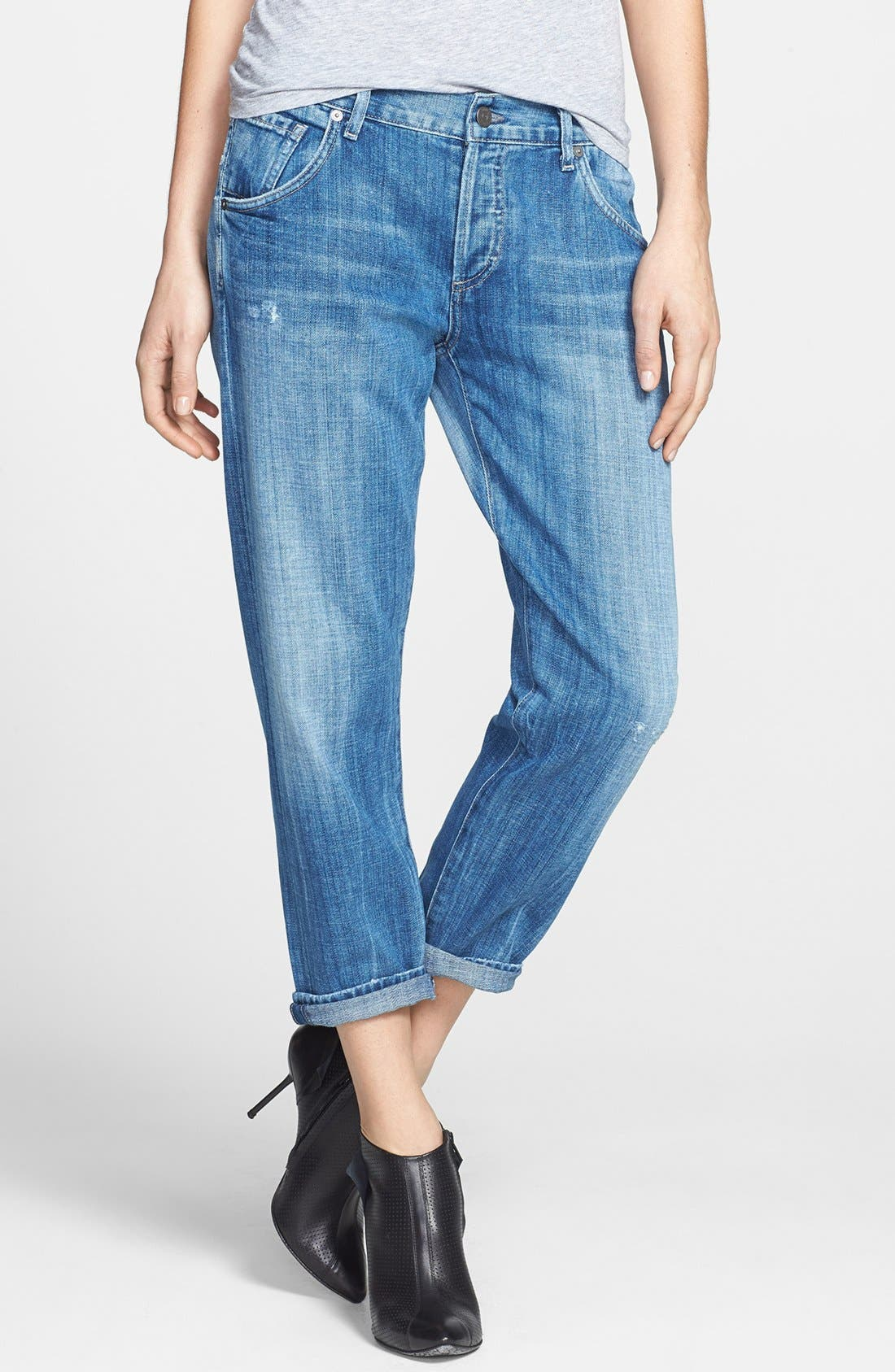 Alternate Image 1 Selected - Citizens of Humanity 'Skylar' Crop Boyfriend Jeans (Circa)