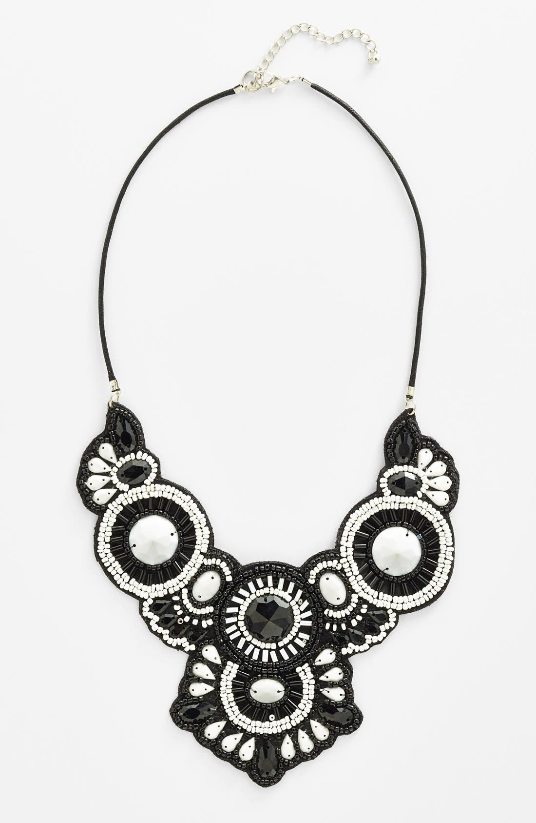 Alternate Image 1 Selected - Spring Street 'Frieda' Necklace