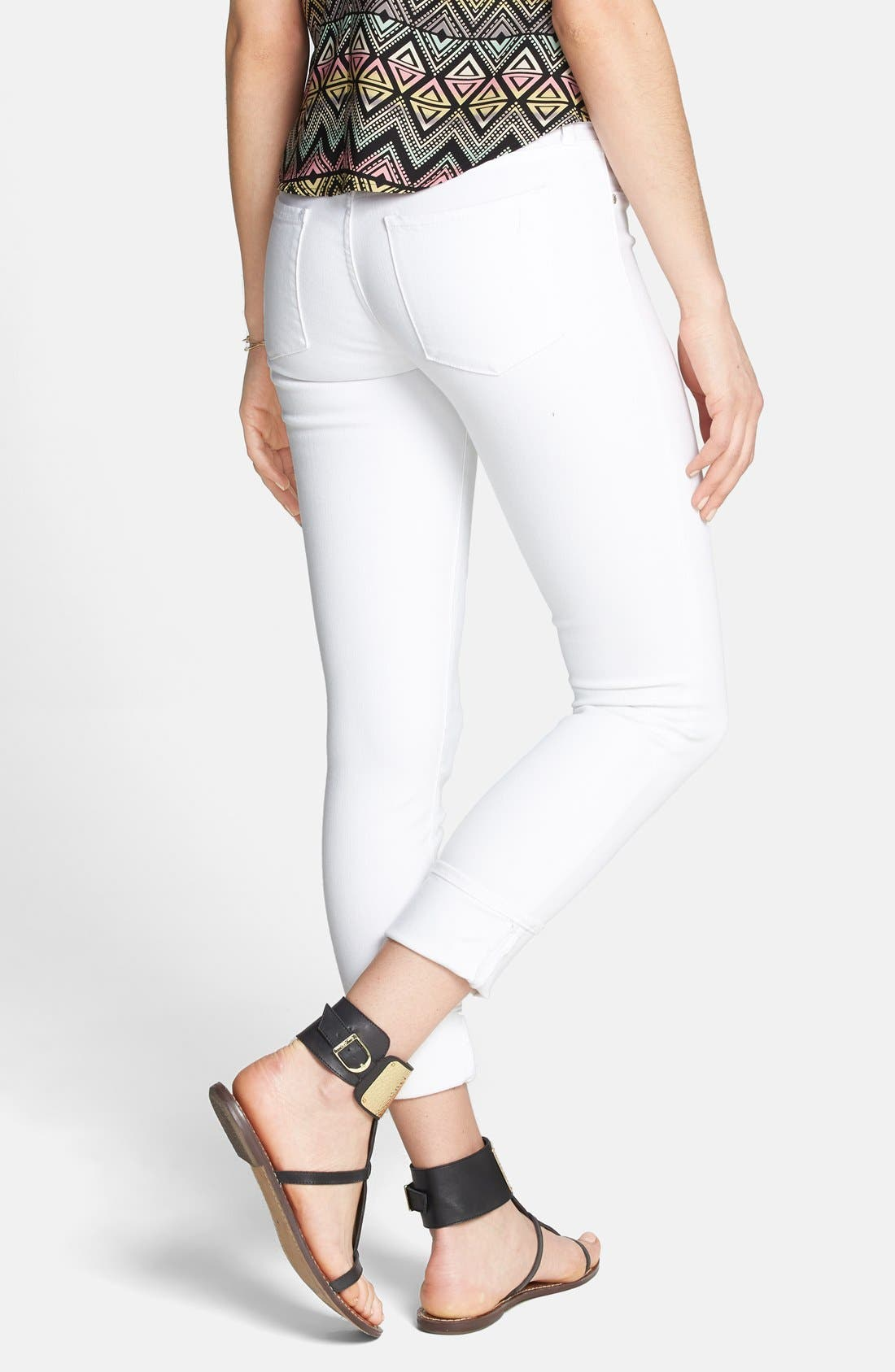 Alternate Image 2  - Articles of Society 'Zoey' Crop Skinny Jeans (Optic White) (Juniors)