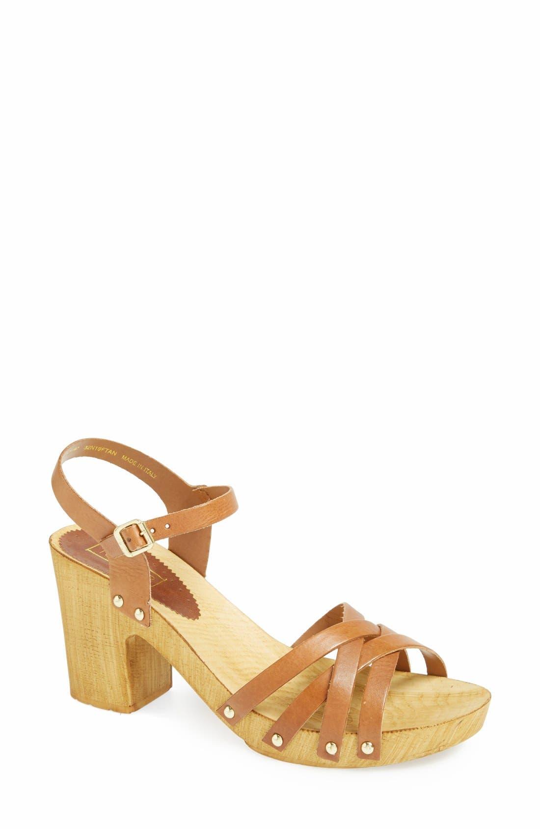 Alternate Image 1 Selected - Topshop 'Nancy' Leather Sandal (Women)