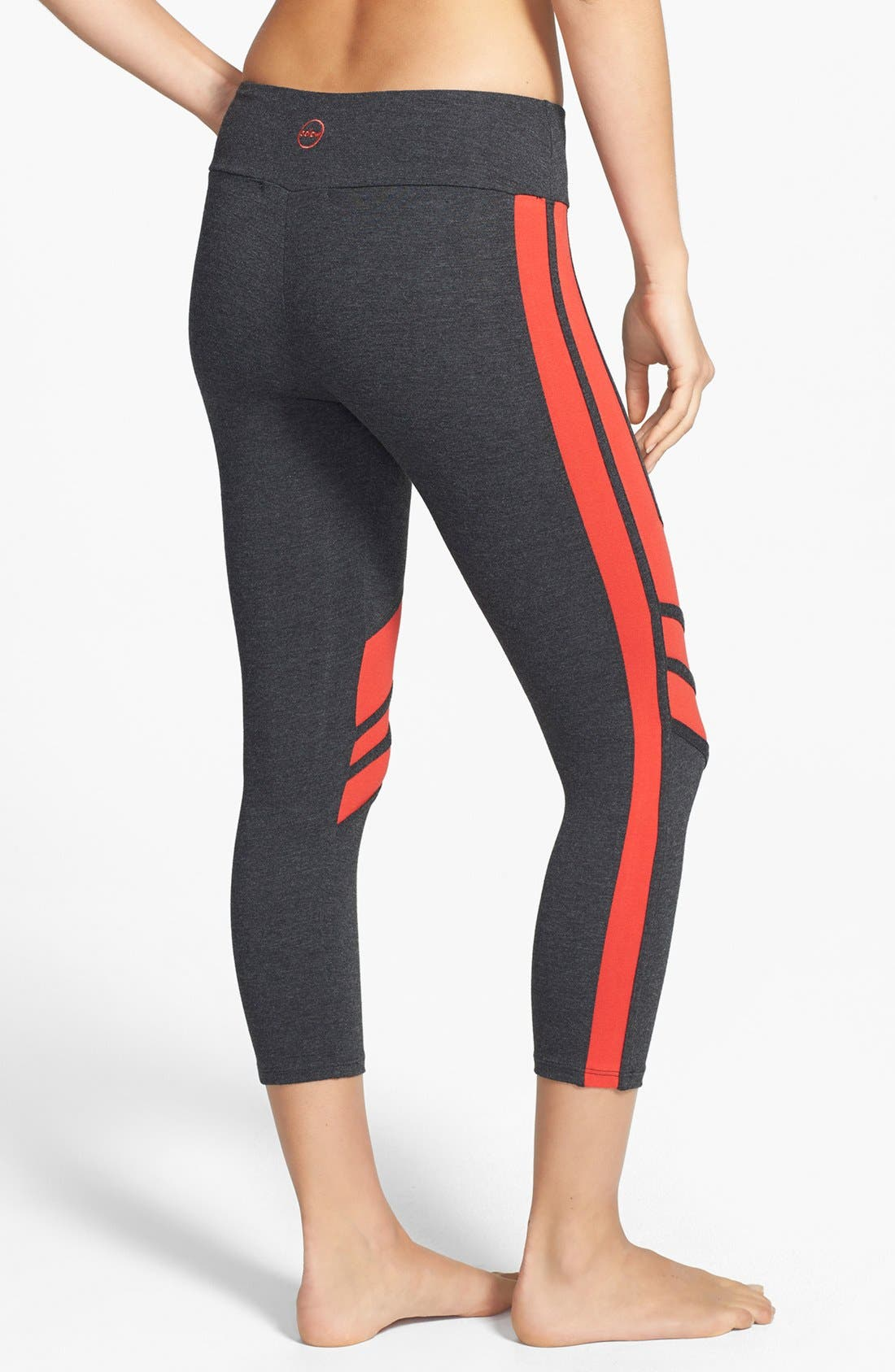 Alternate Image 2  - Solow Colorblock Crop Leggings