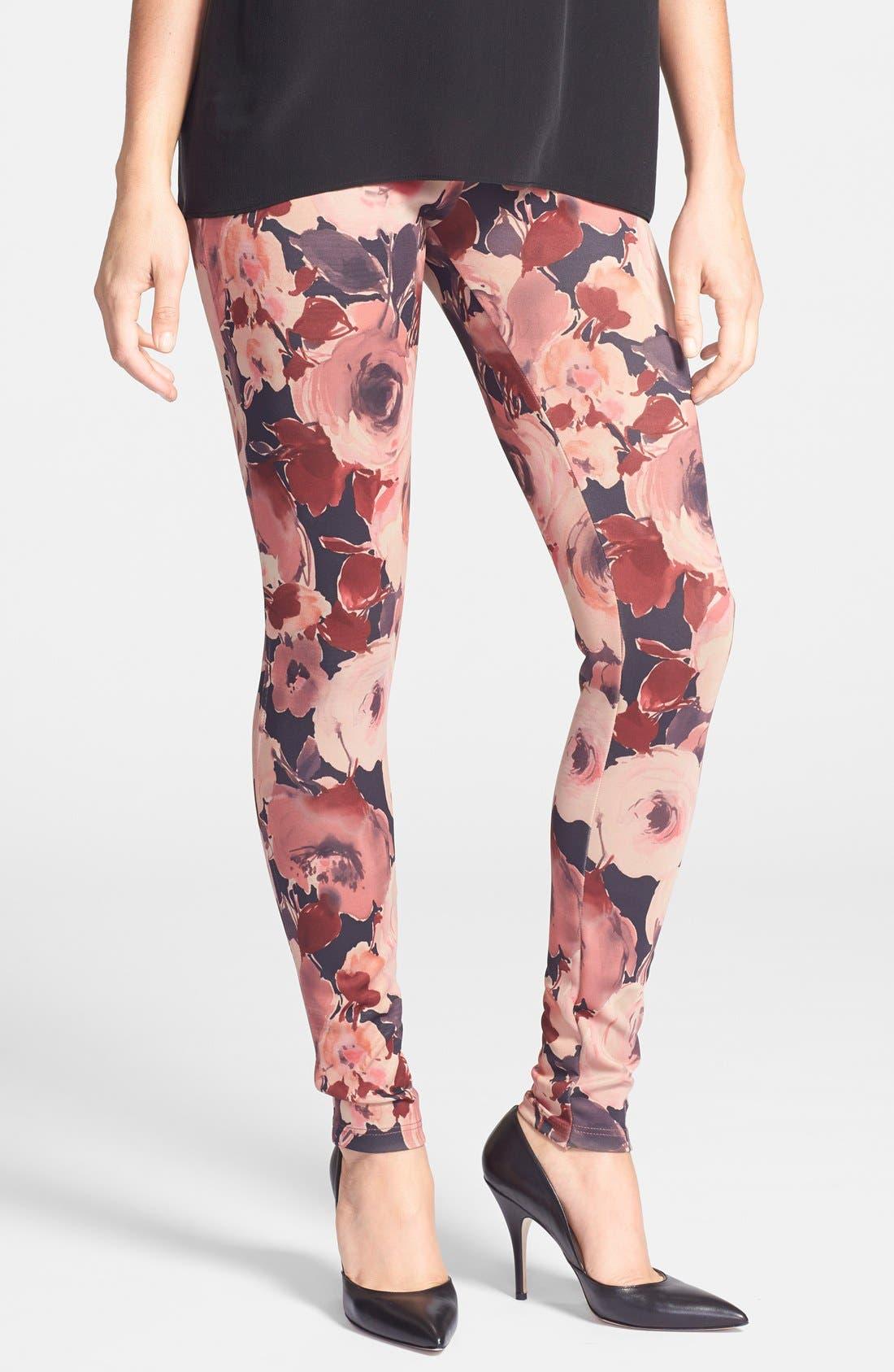 Alternate Image 1 Selected - Oroblu 'Flower' Print Leggings