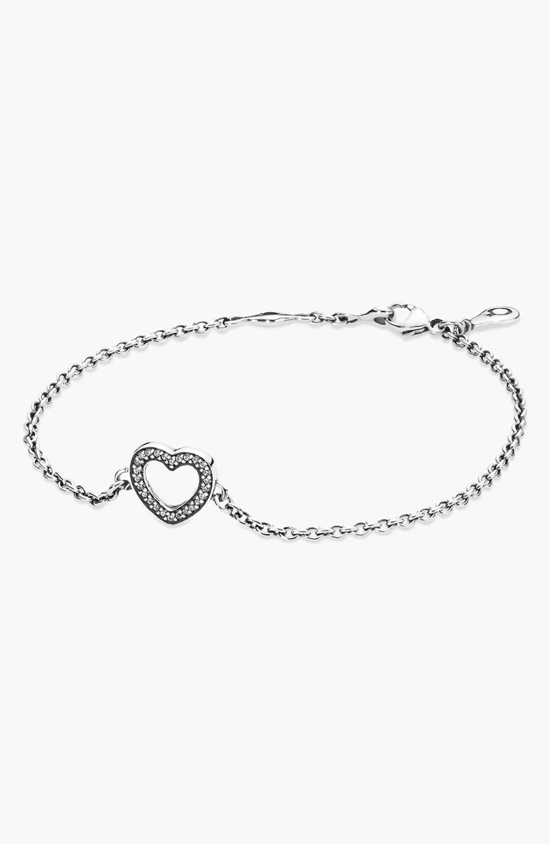 Main Image - SYMBOL OF LOVE HEART BRACELET