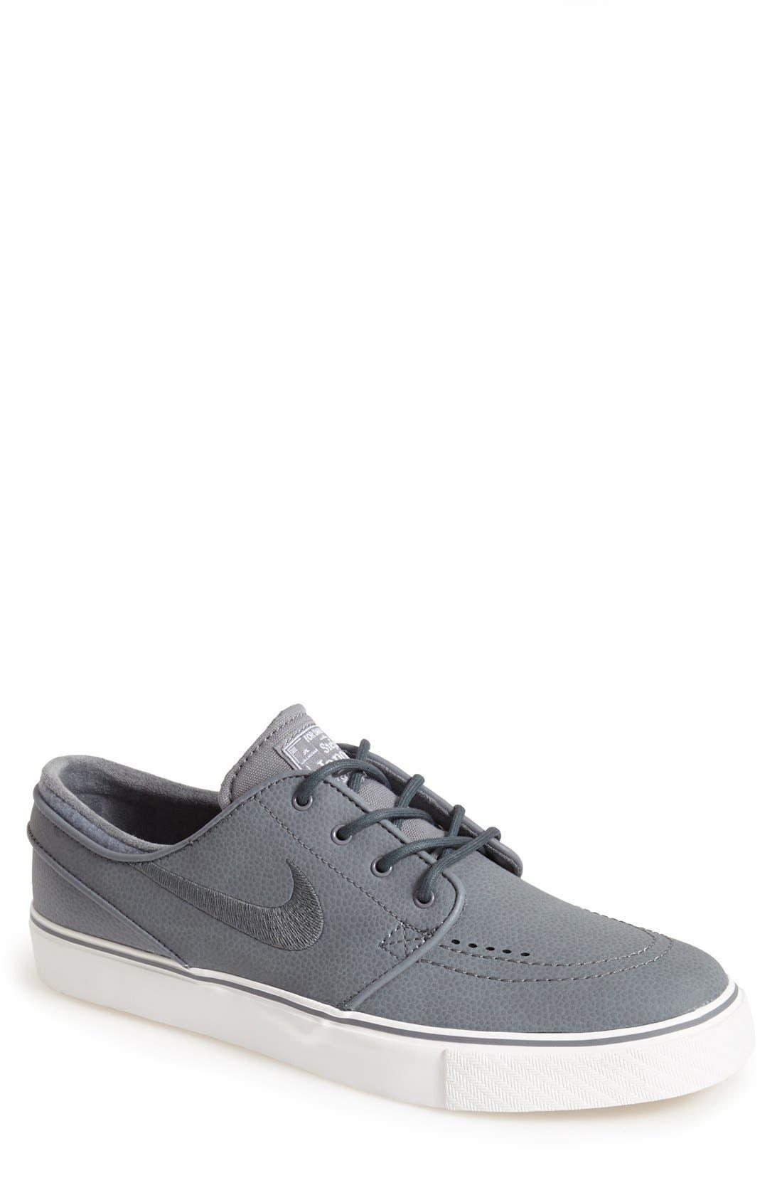 Alternate Image 1 Selected - Nike 'Zoom Stefan Janoski L SB' Skate Shoe (Men)