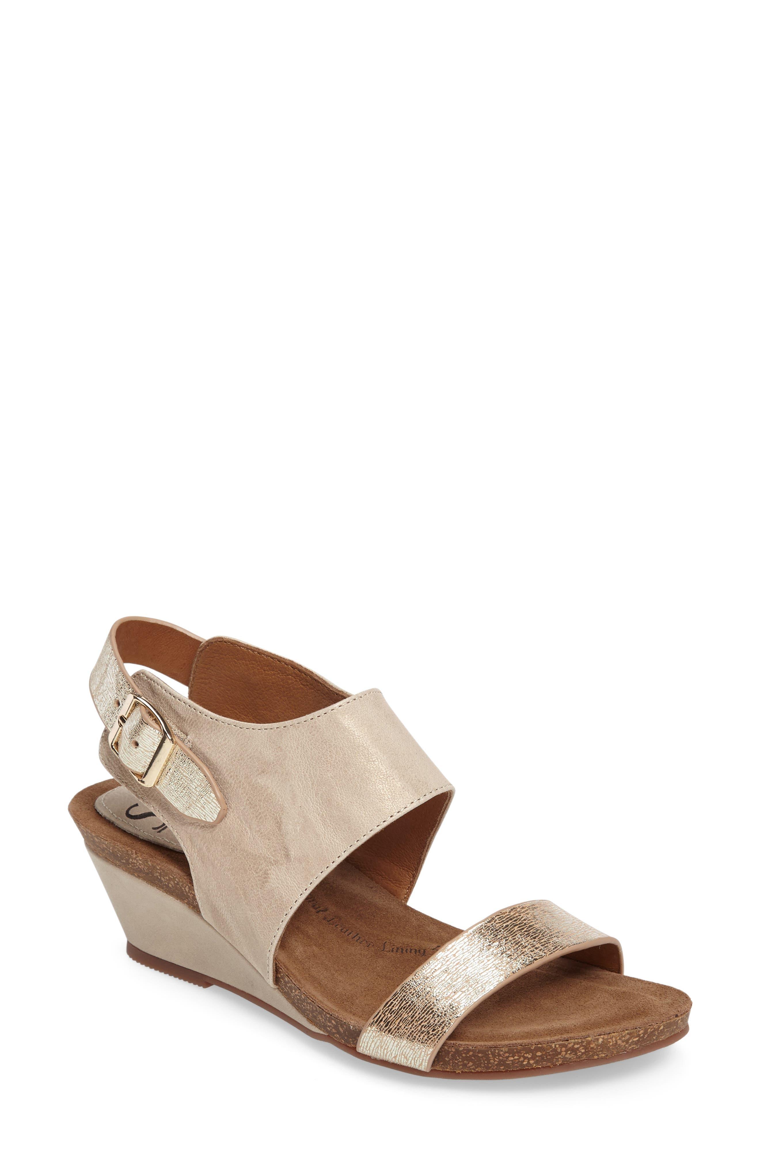 SÖFFT 'Vanita' Leather Sandal
