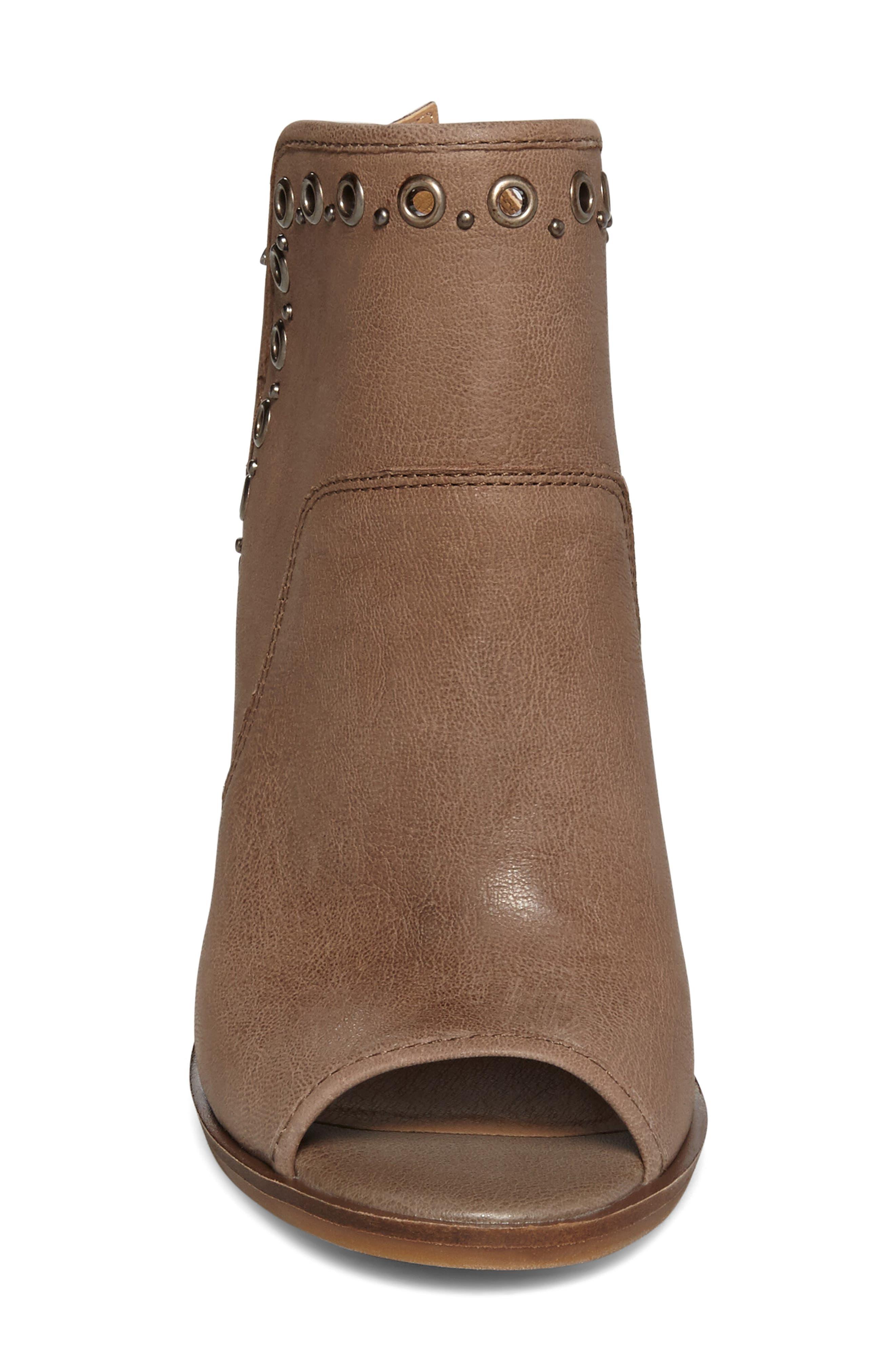 Alternate Image 3  - Lucky Brand Lorillar Sandal (Women)