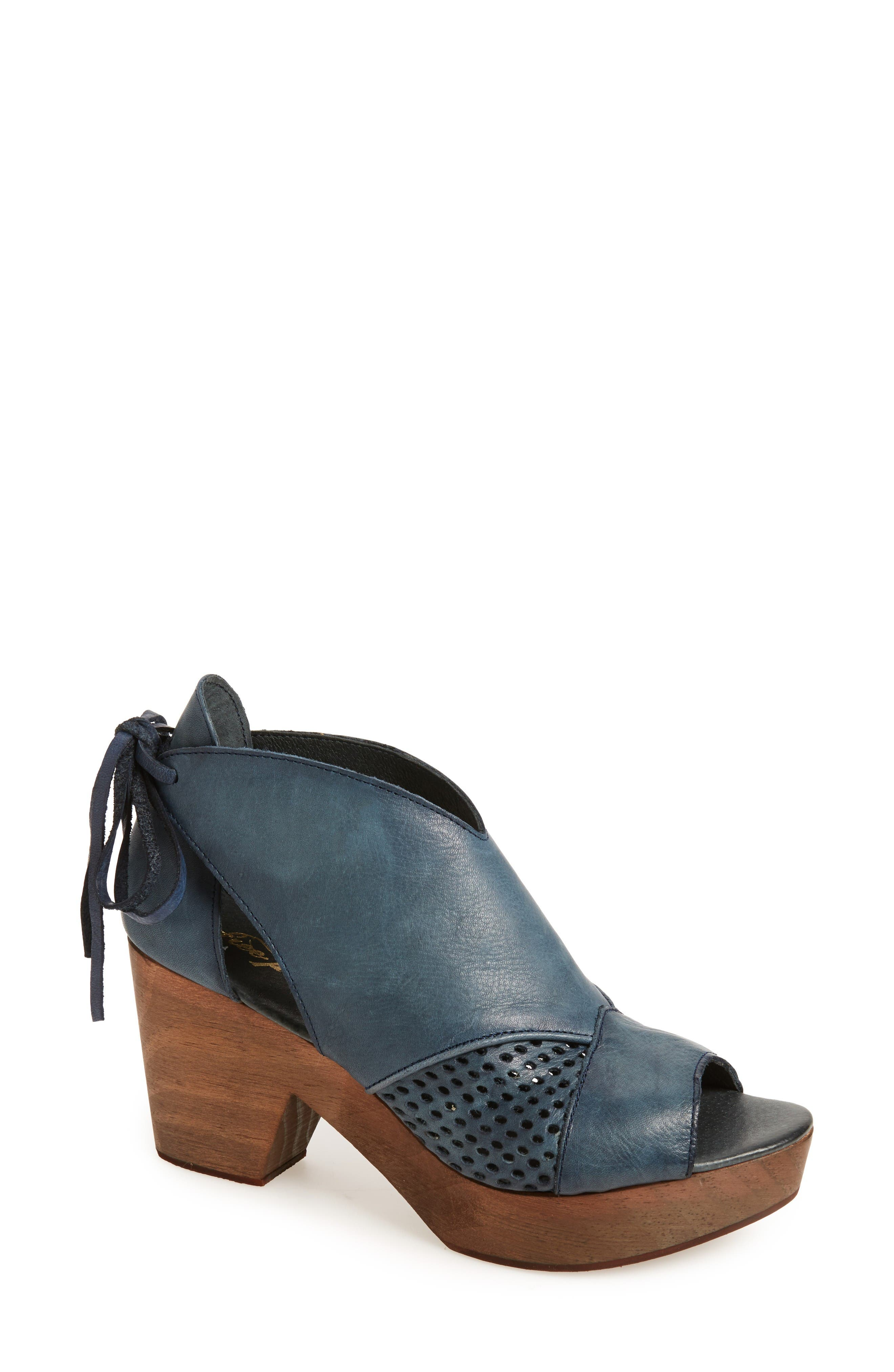 Alternate Image 1 Selected - Free People Revolver Open-Toe Clog (Women)