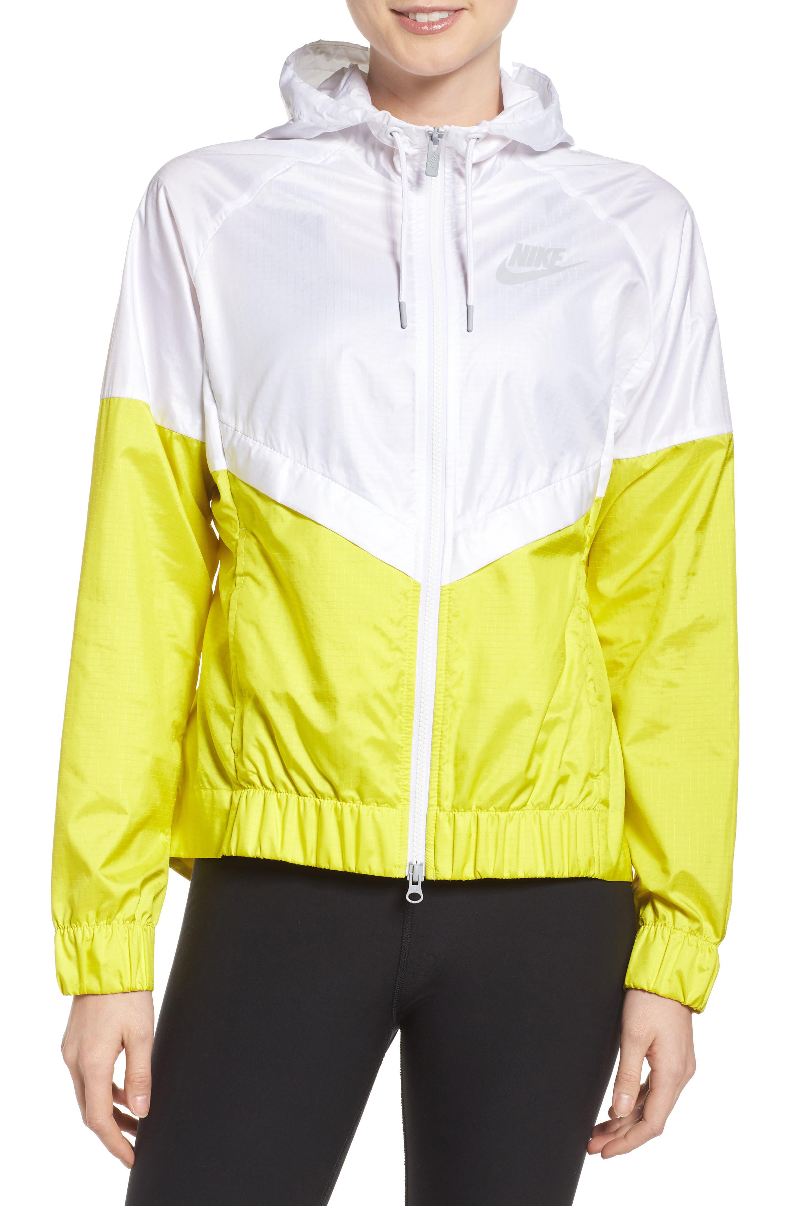 Main Image - Nike 'Windrunner' Hooded Windbreaker