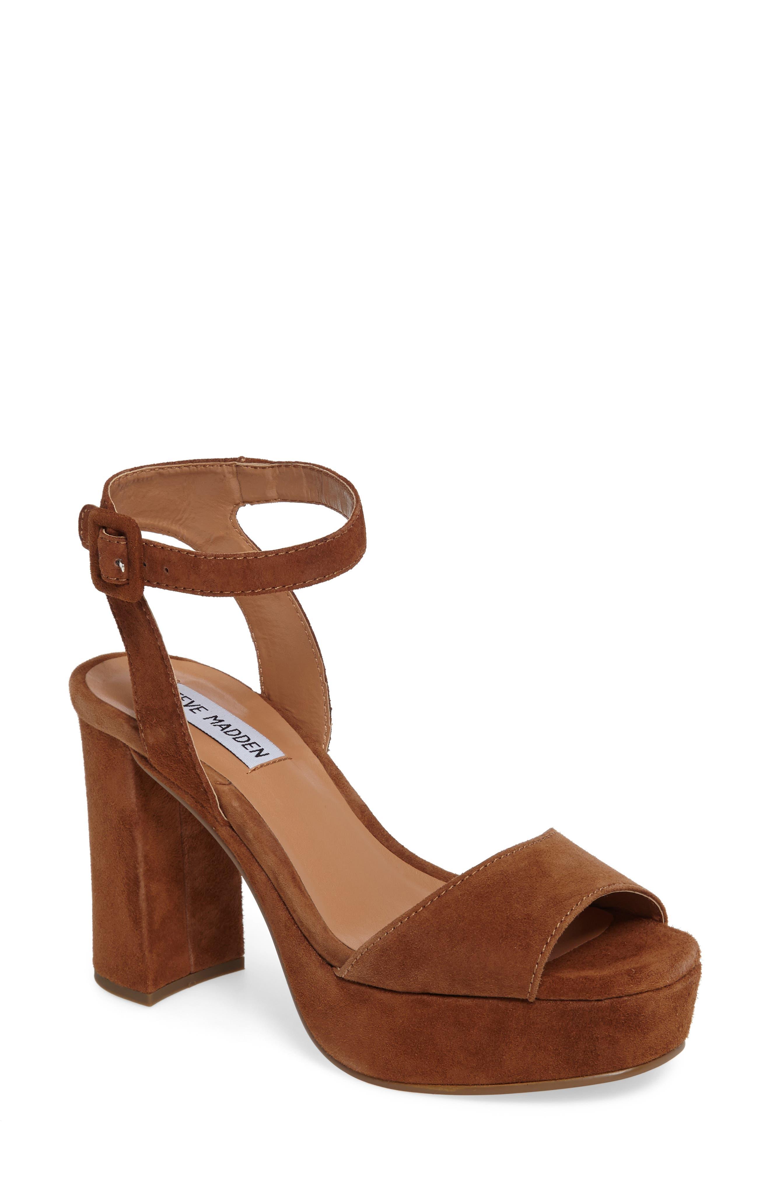 Alternate Image 1 Selected - Steve Madden Verdict Platform Sandal (Women)