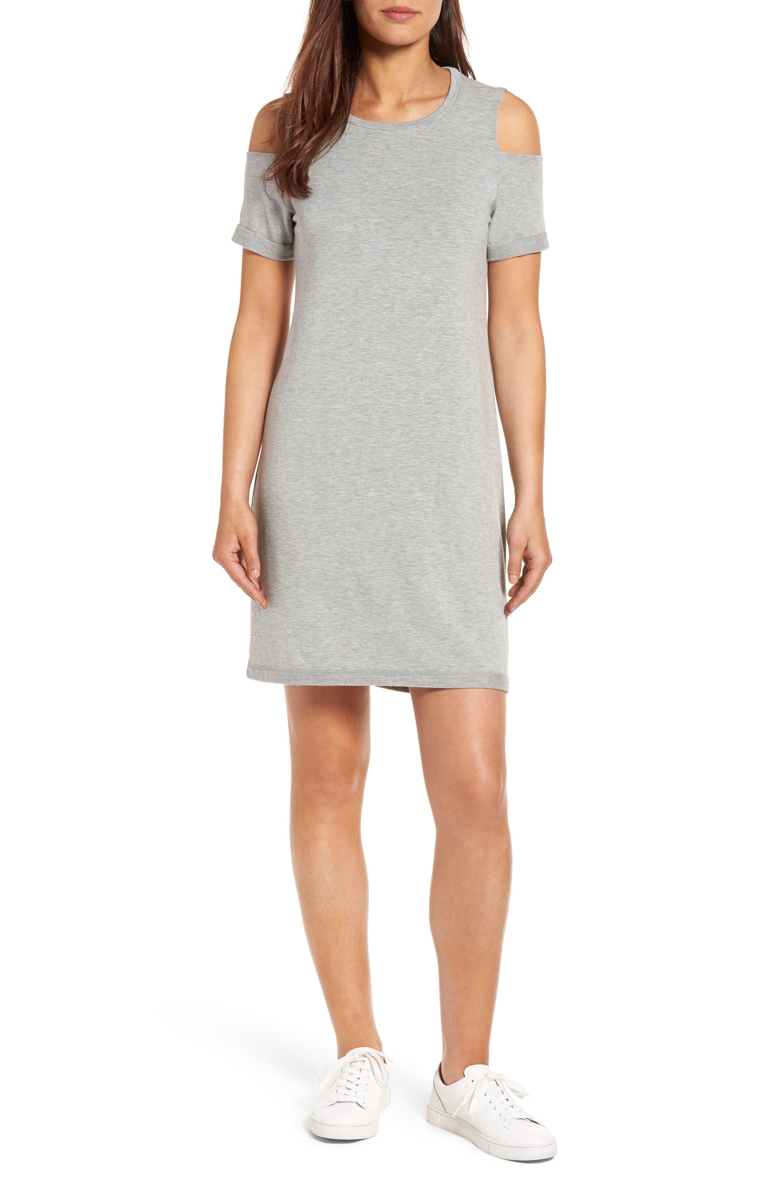 Caslon® Cold Shoulder Shift Dress (Regular & Petite)