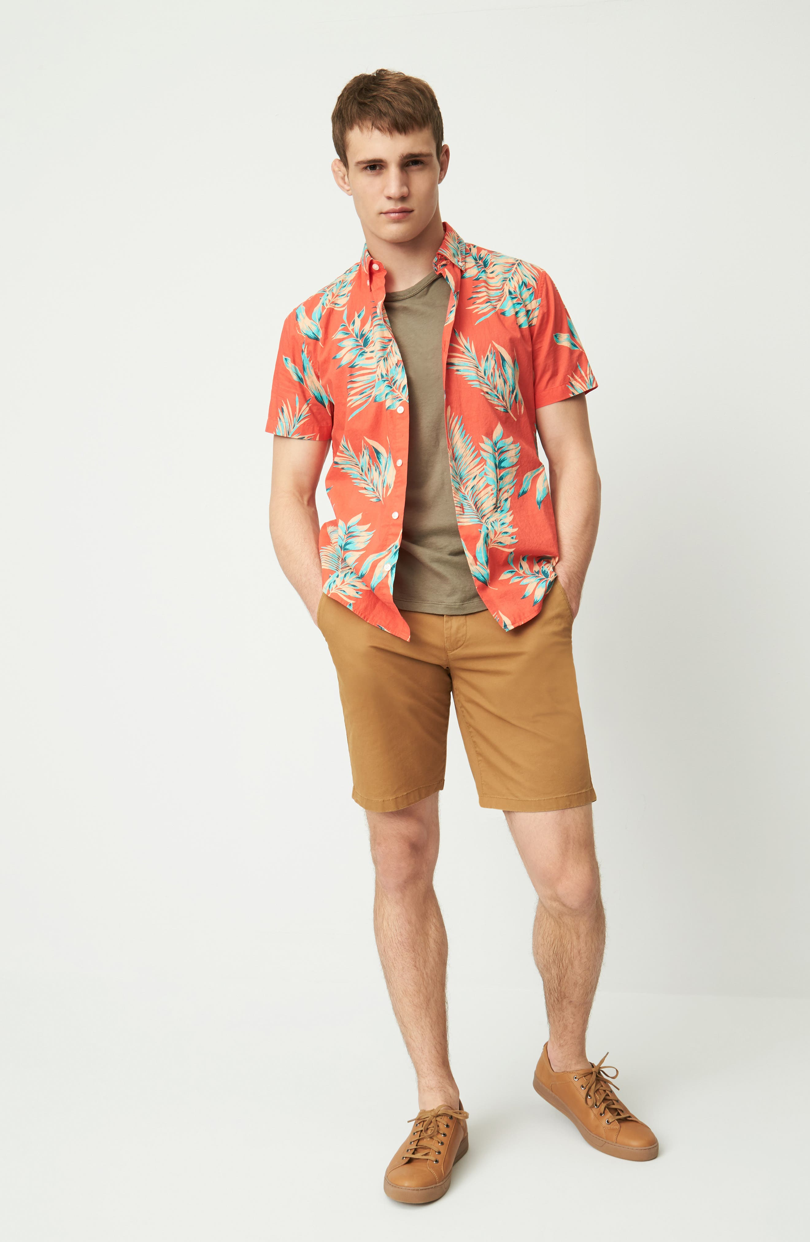 Bonobos Sport Shirt, Shorts & James Perse T-Shirt Outfit with Accessories