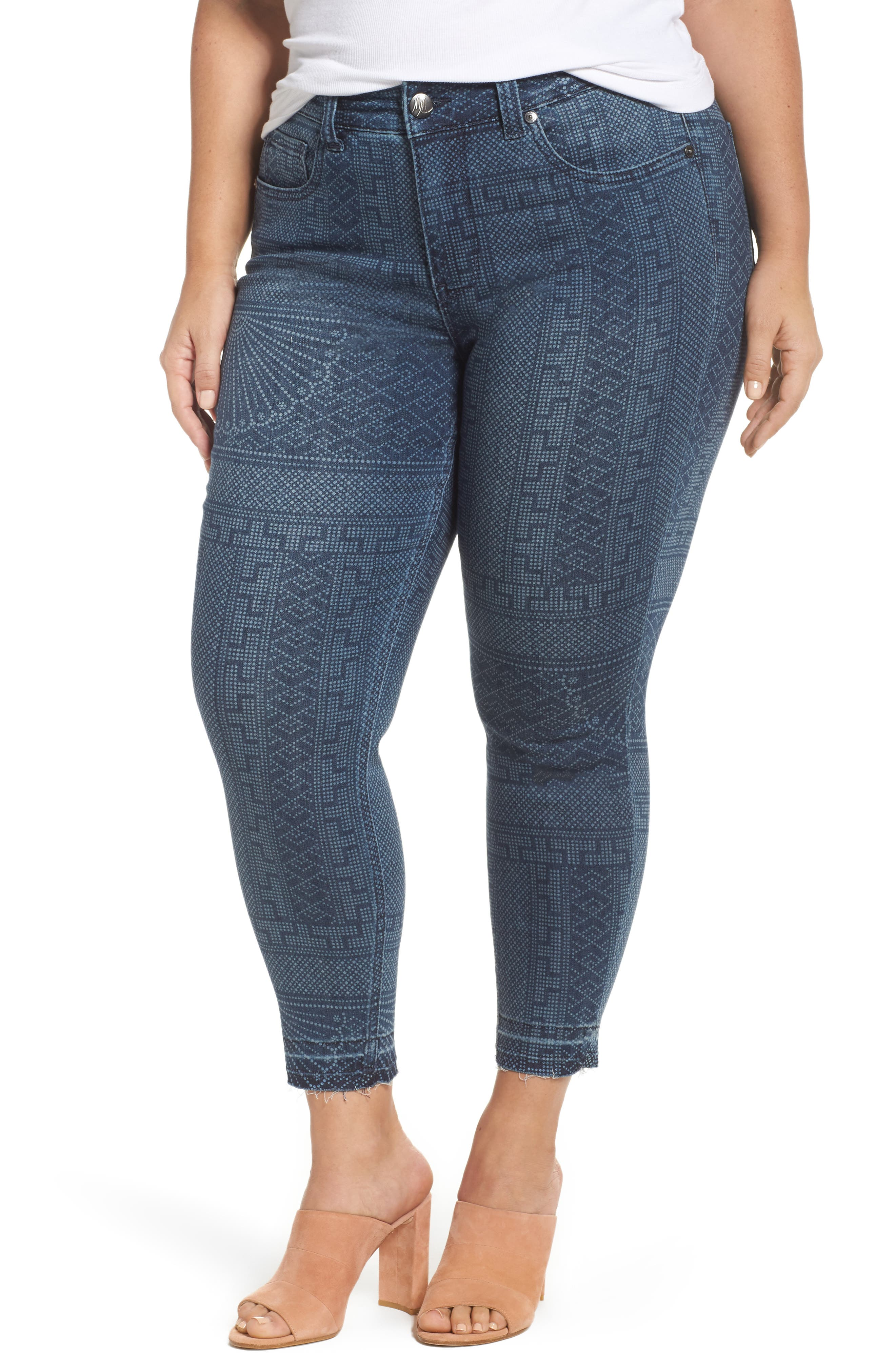Melissa McCarthy Seven7 Print Raw Edge Crop Skinny Jeans (Camarillo) (Plus Size)
