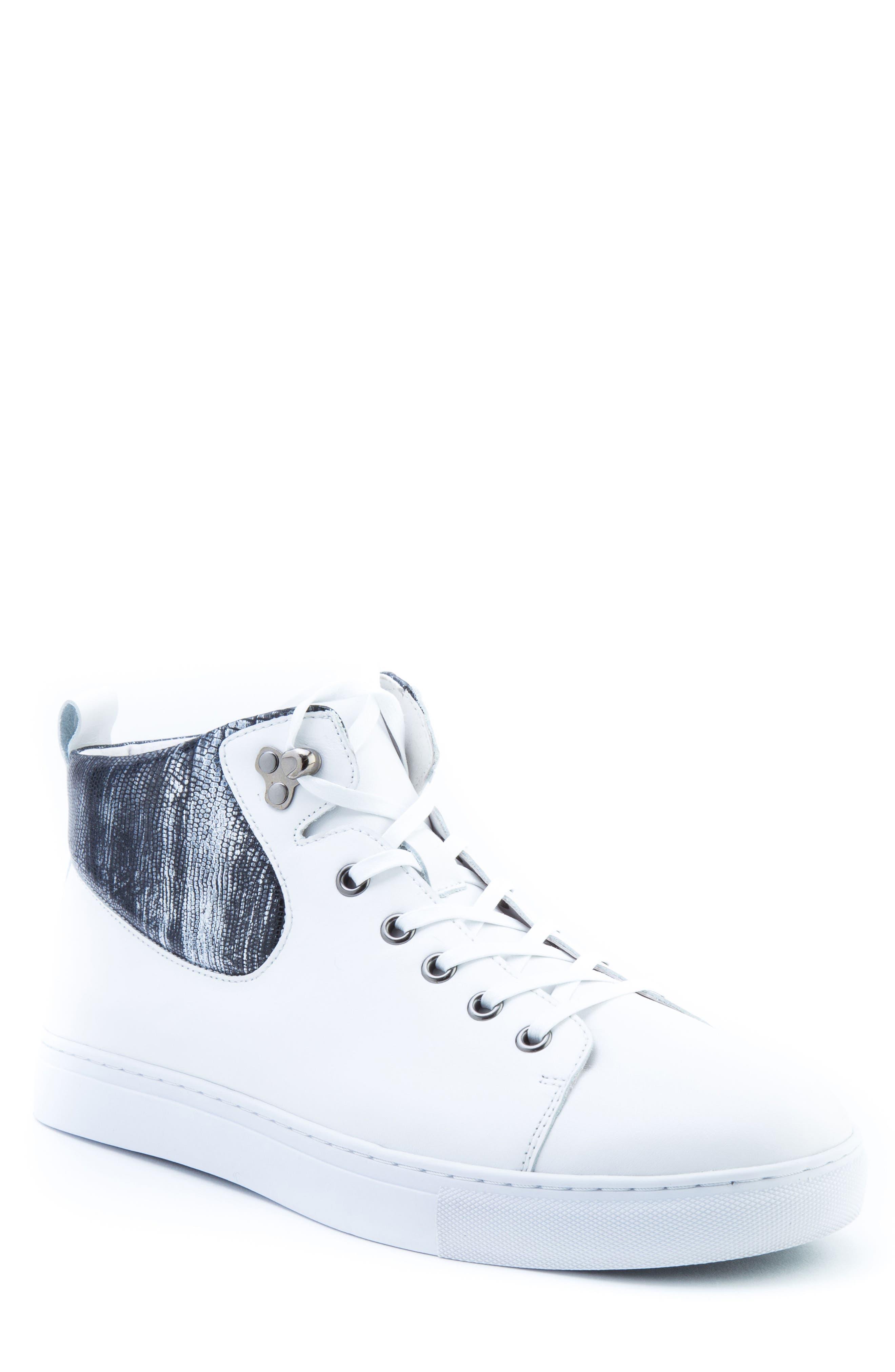 Badgley Mischka Carroll Sneaker (Men)