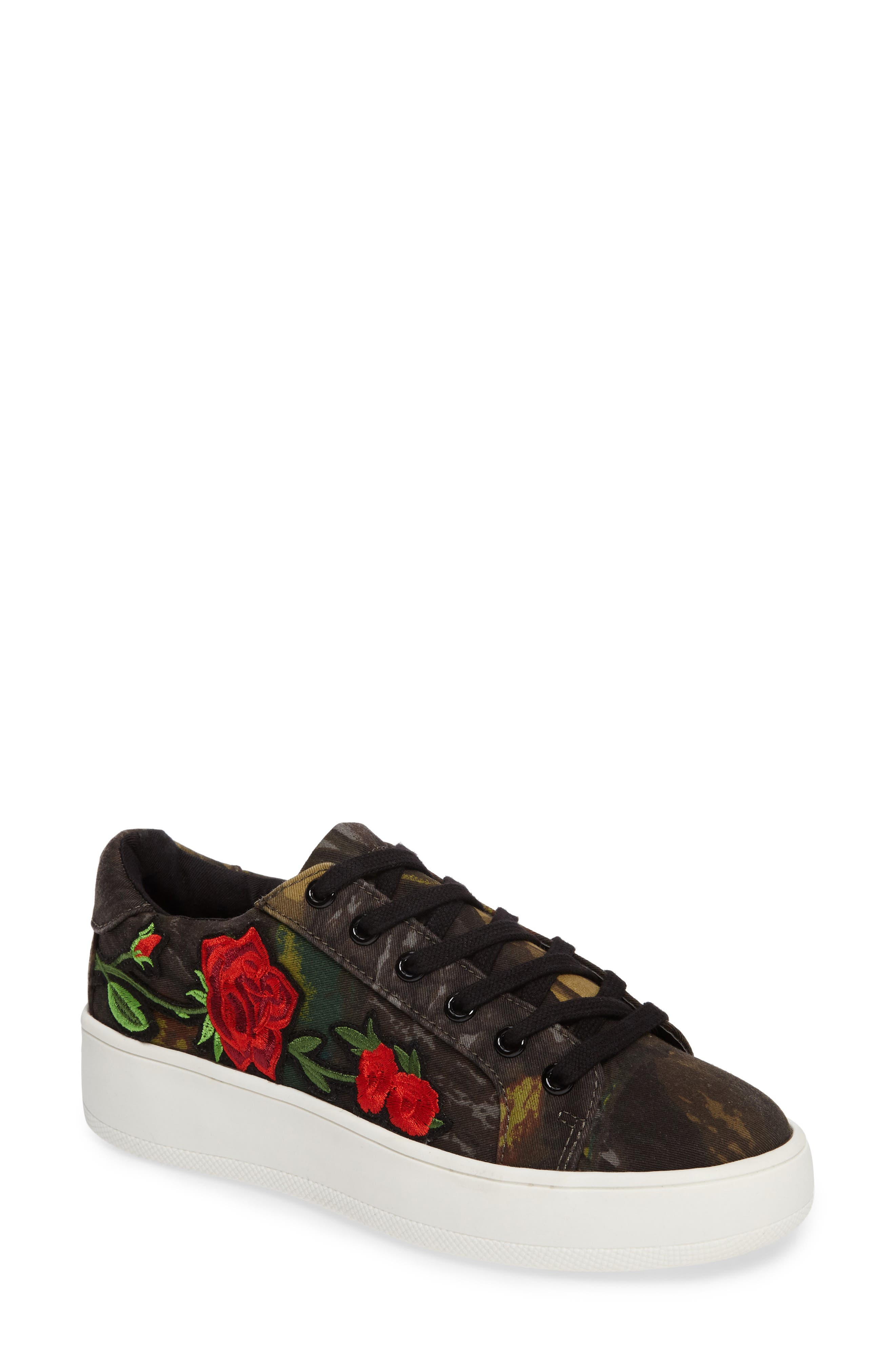 Steve Madden Bertie Floral Appliqué Sneaker (Women)