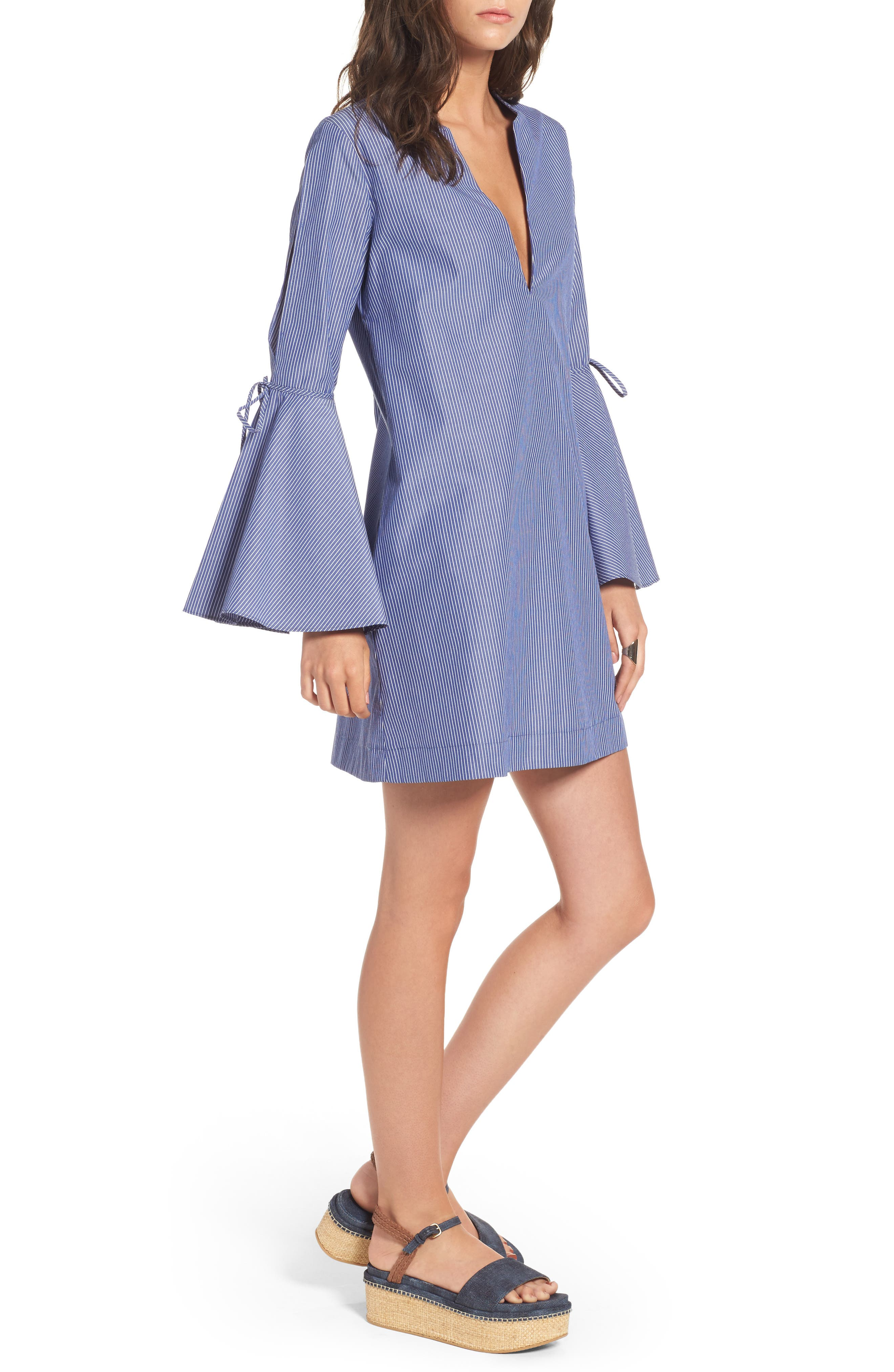 Socialite Bell Sleeve Shift Dress