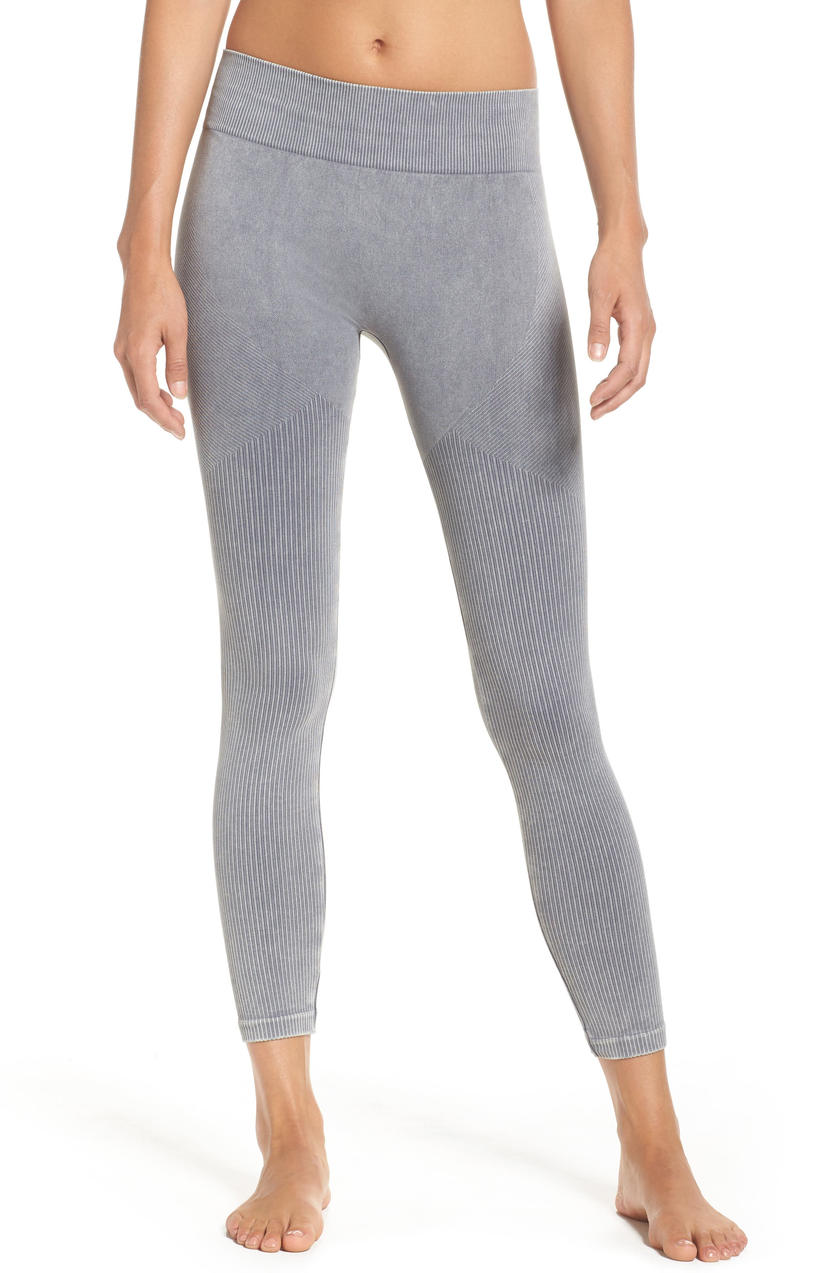 Onzie Seamless Crop Leggings