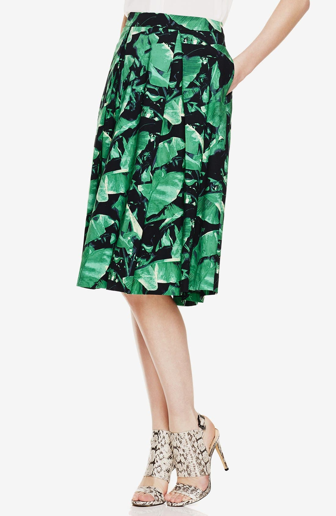 Alternate Image 1 Selected - Vince Camuto 'Island Palm' Pleat Midi Skirt