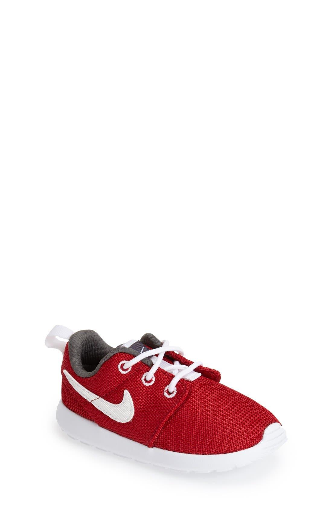 Alternate Image 1 Selected - Nike 'Roshe Run' Sneaker (Walker, Toddler & Little Kid)