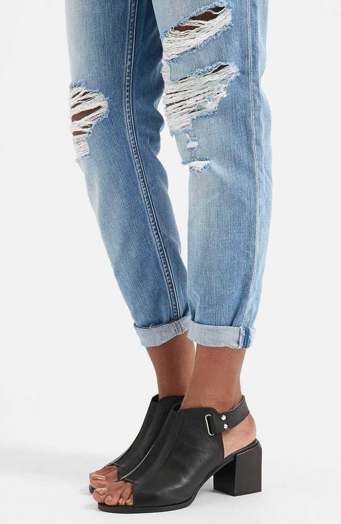 Alternate Image 4  - Topshop Moto 'Hayden' Ripped Boyfriend Jeans (Blue)