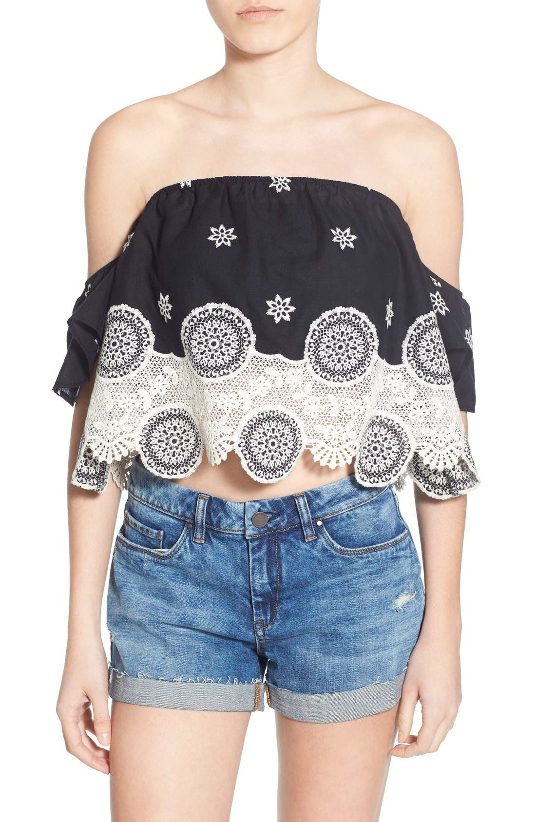 Main Image - 4SI3NNA Lace Off the Shoulder Crop Top