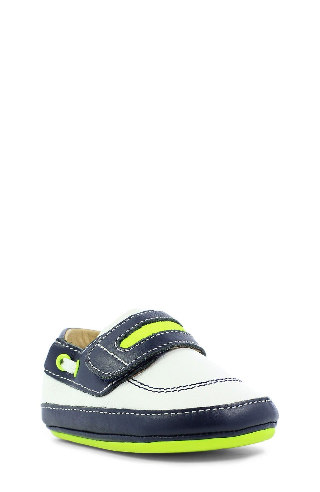 UMI 'Gene' Sneaker