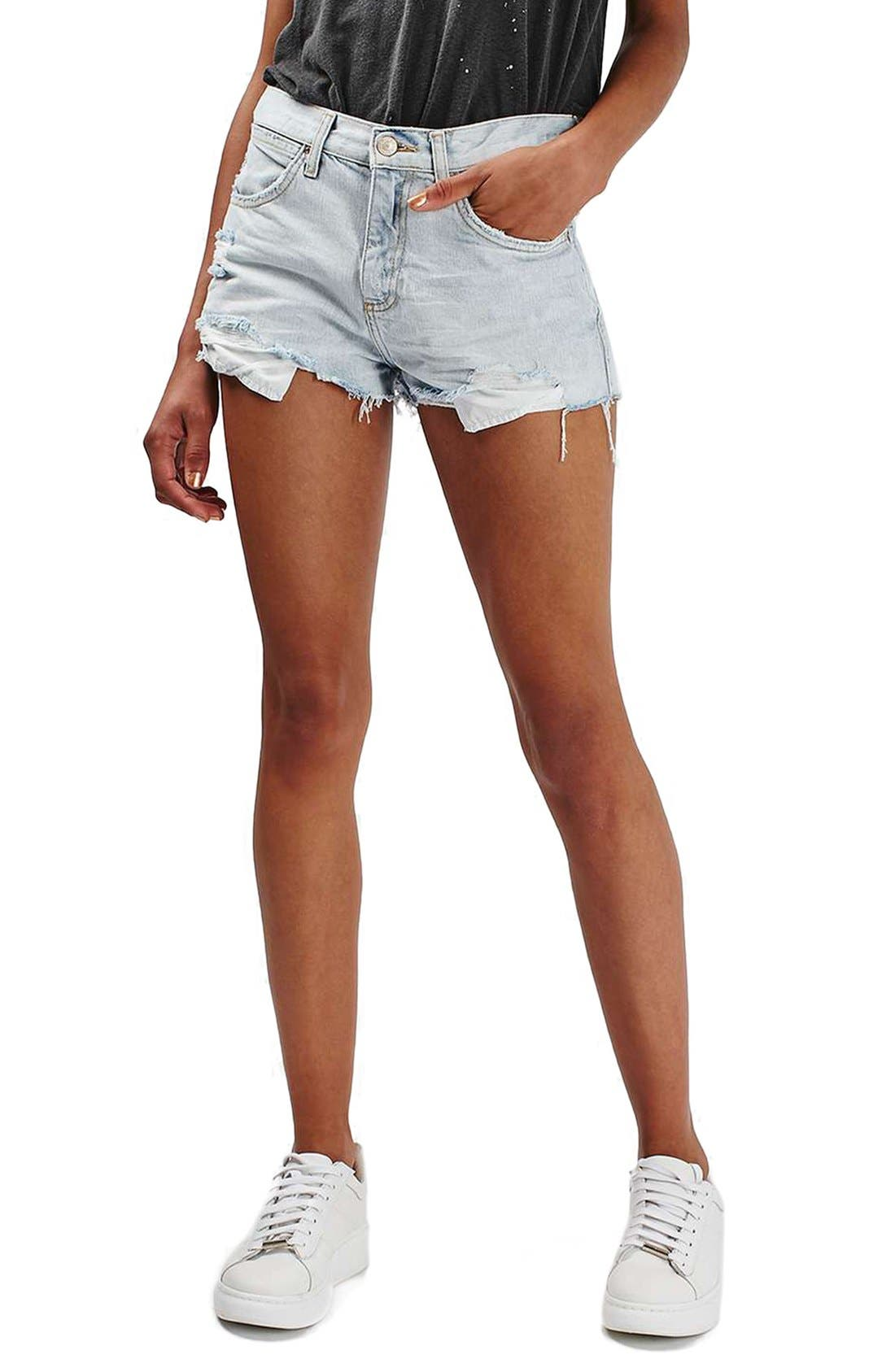 Alternate Image 1 Selected - Topshop 'Rosa' Cutoff Denim Shorts (Petite)
