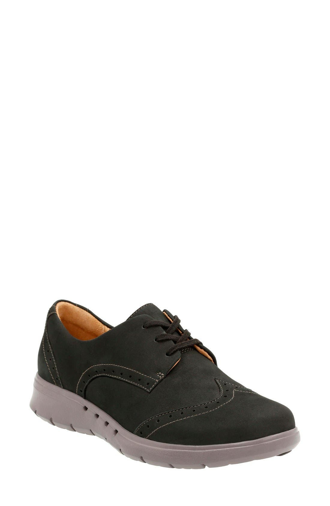 Clarks® 'Un Hinton' Oxford Flat (Women)