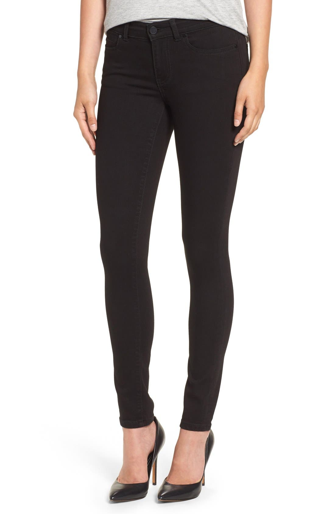 Caslon® Stretch Skinny Jeans (Black) (Regular & Petite)