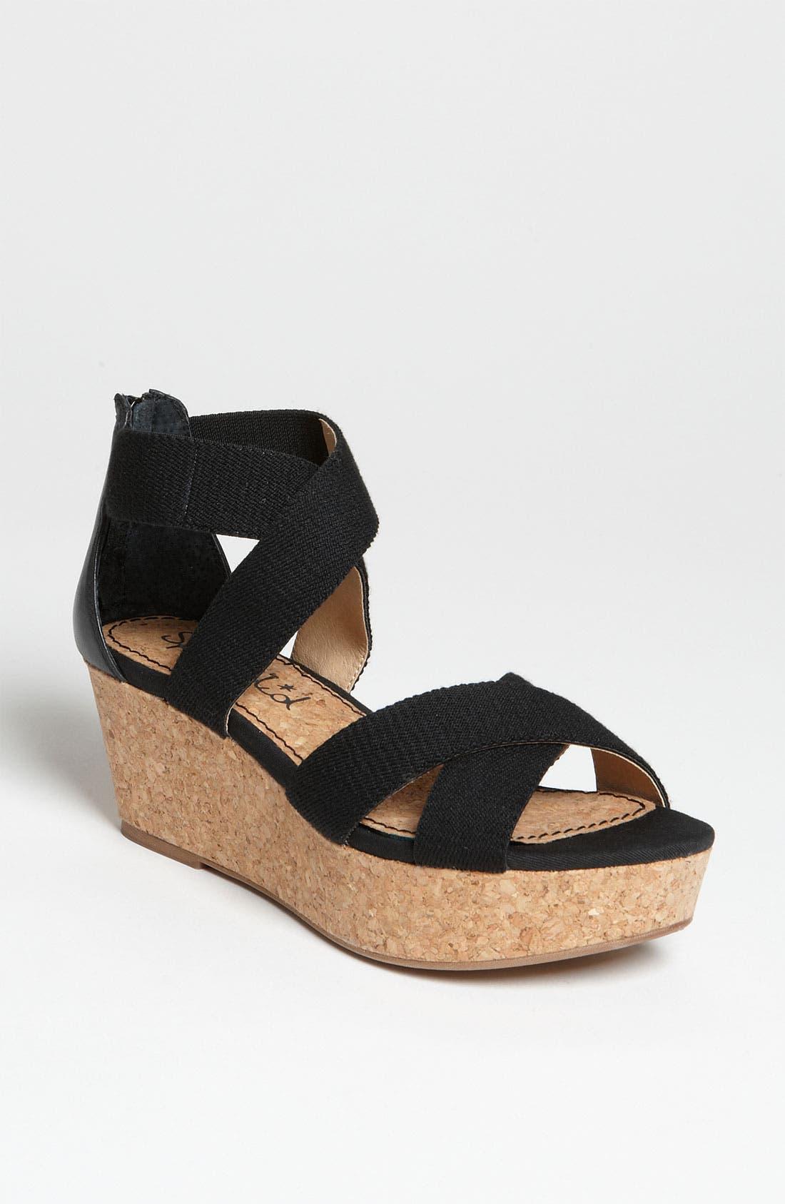Main Image - Splendid 'Wishful' Platform Sandal