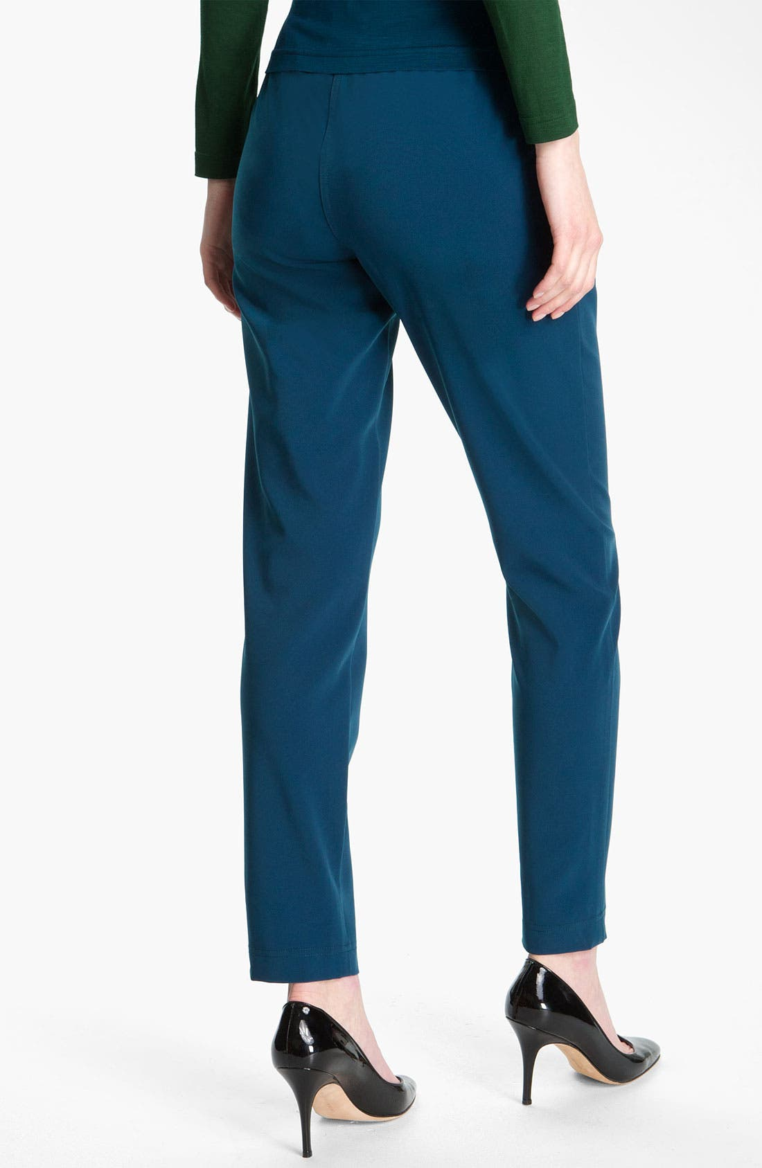 Alternate Image 3  - St. John Yellow Label Pull On Twill Ankle Pants