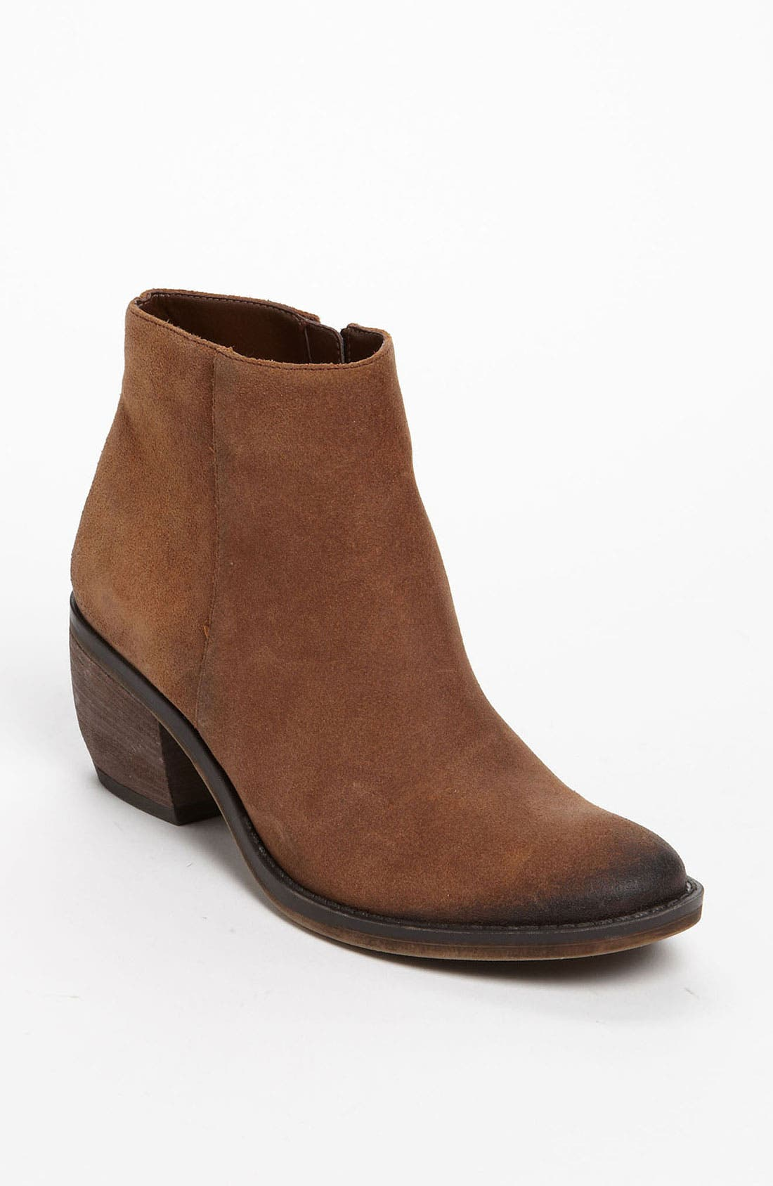 Alternate Image 1 Selected - Naturalizer 'Onset' Ankle Boot