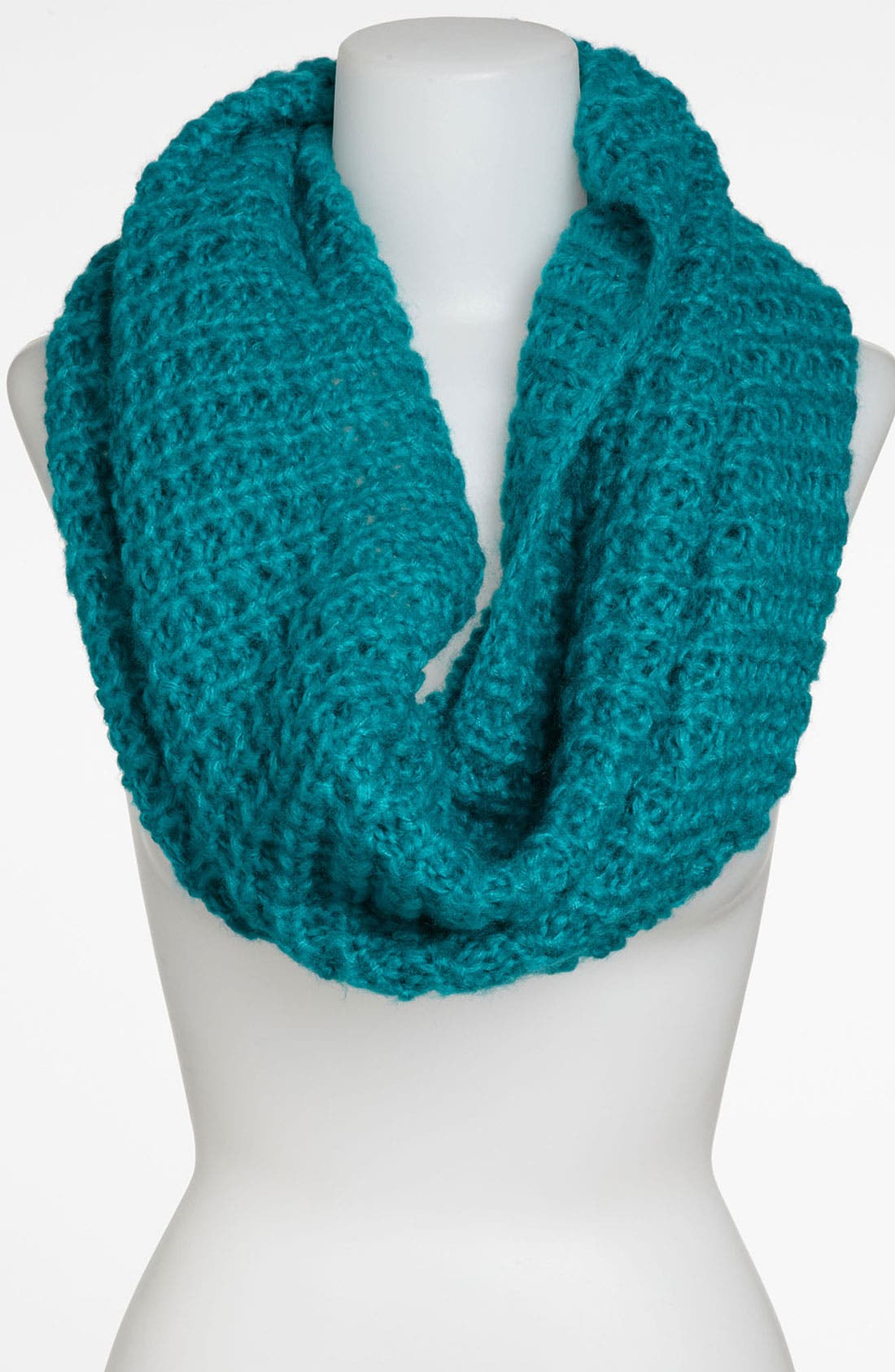 Alternate Image 1 Selected - David & Young Chunky Knit Infinity Scarf