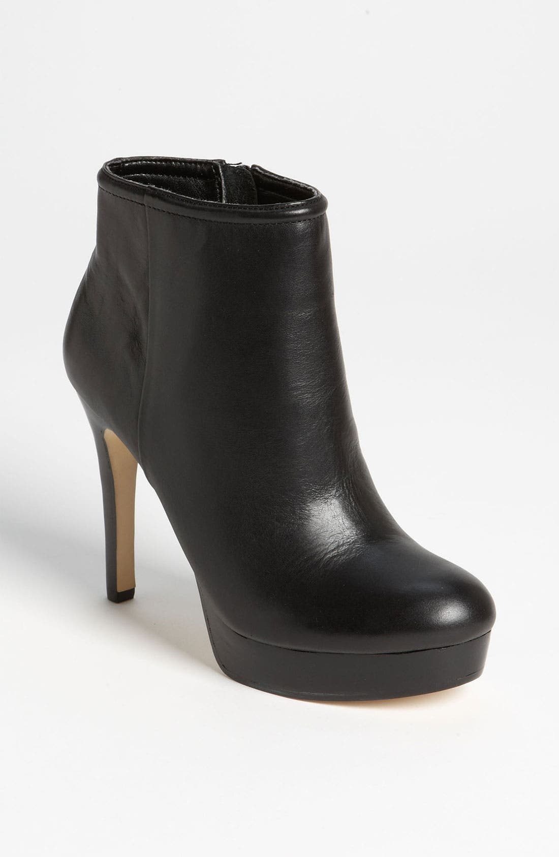Alternate Image 1 Selected - Sole Society 'Lyssa' Bootie