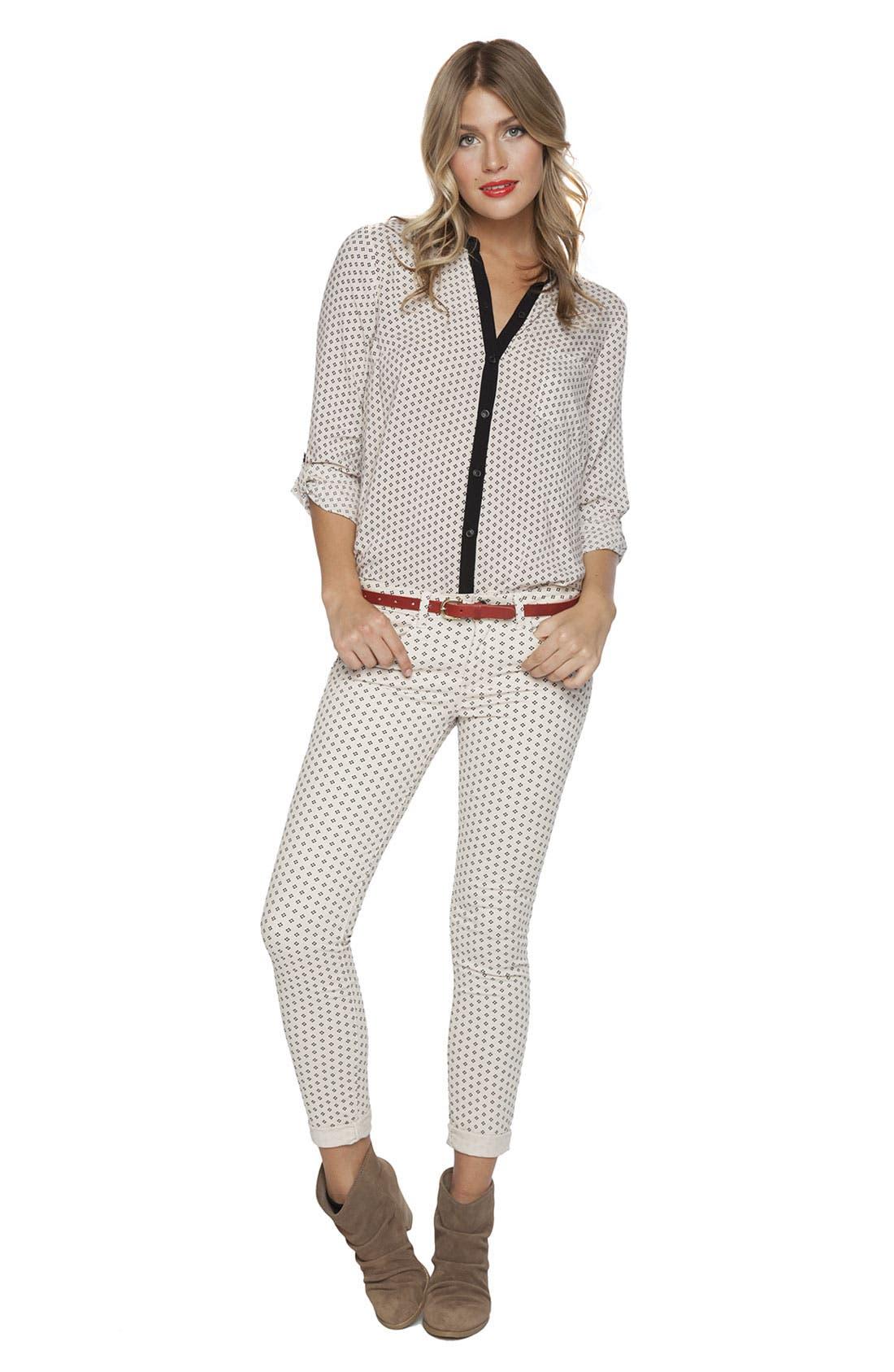 Alternate Image 4  - Splendid Print Skinny Jeans (Swan)