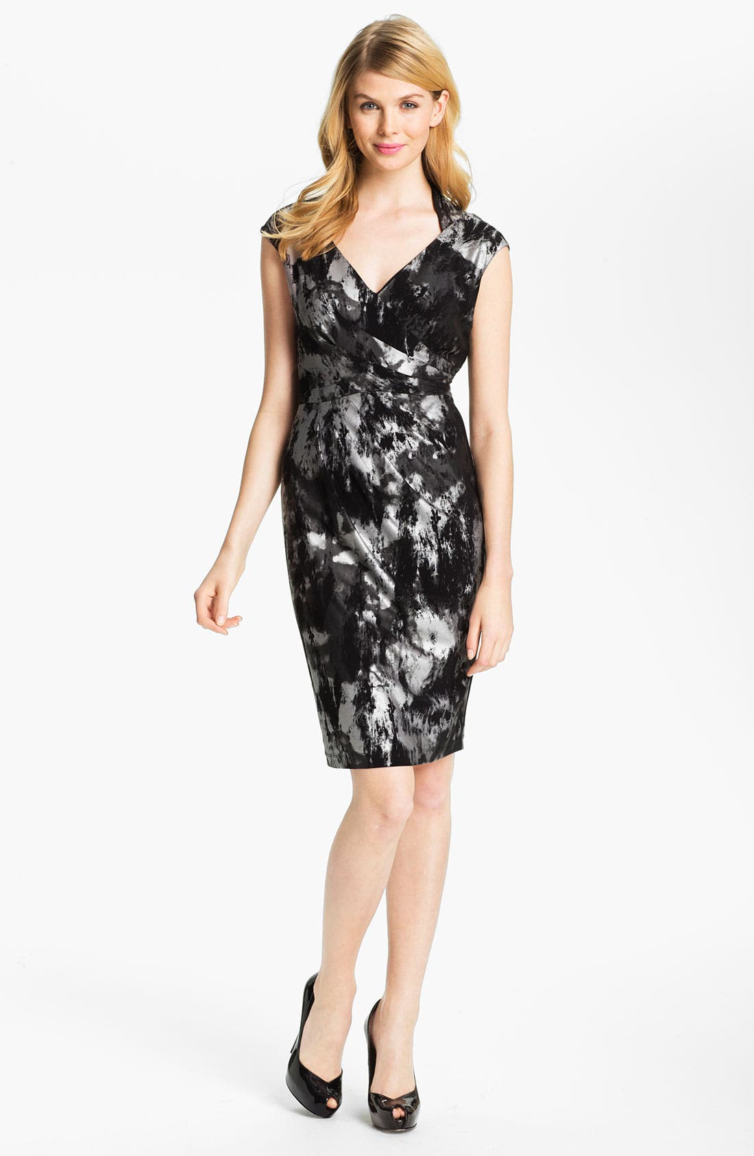 Main Image - Ellen Tracy Abstract Print V-Neck Sheath Dress