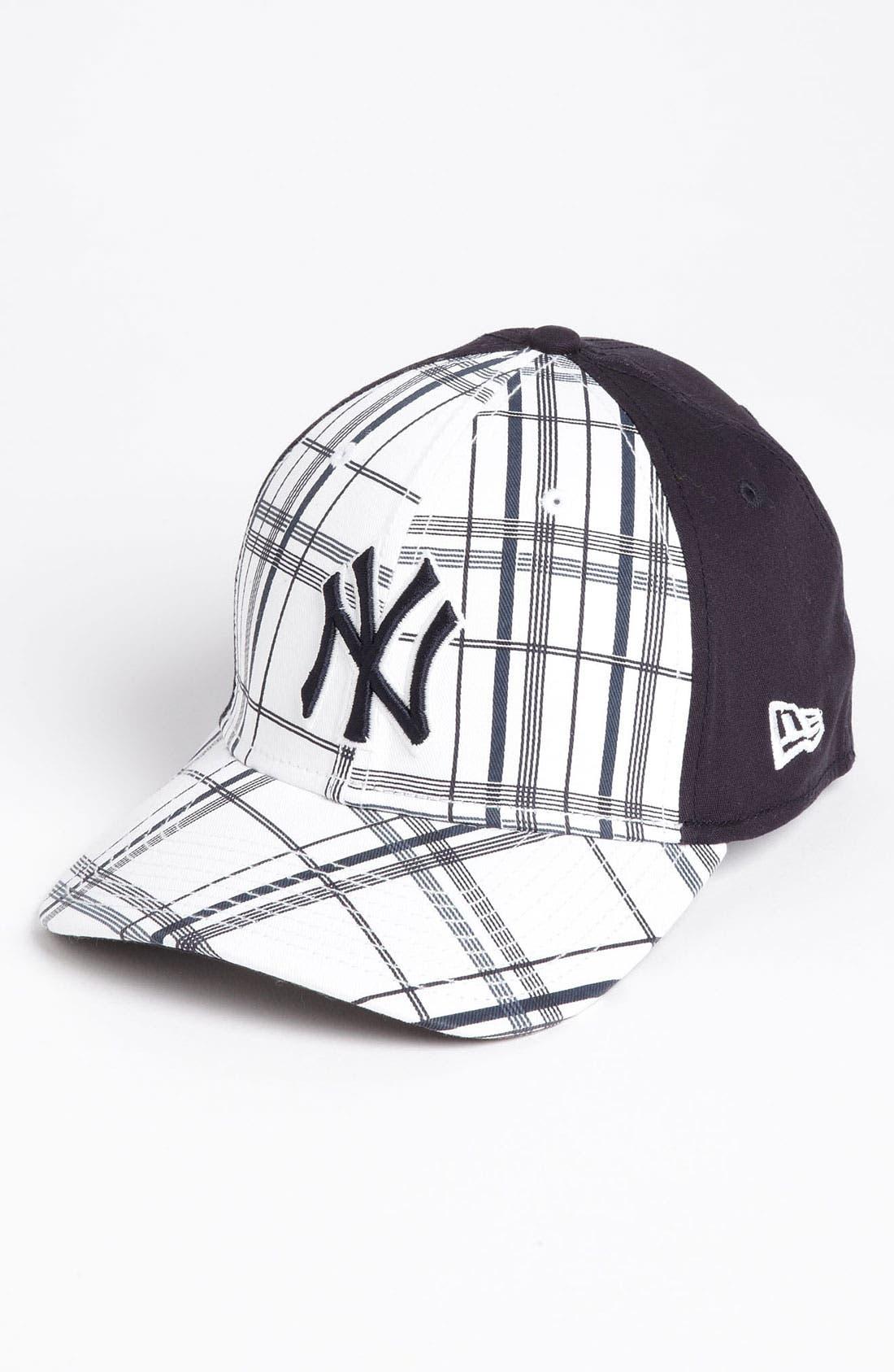 Main Image - New Era Cap 'New York Yankees - Plaidtastic' Fitted Baseball Cap
