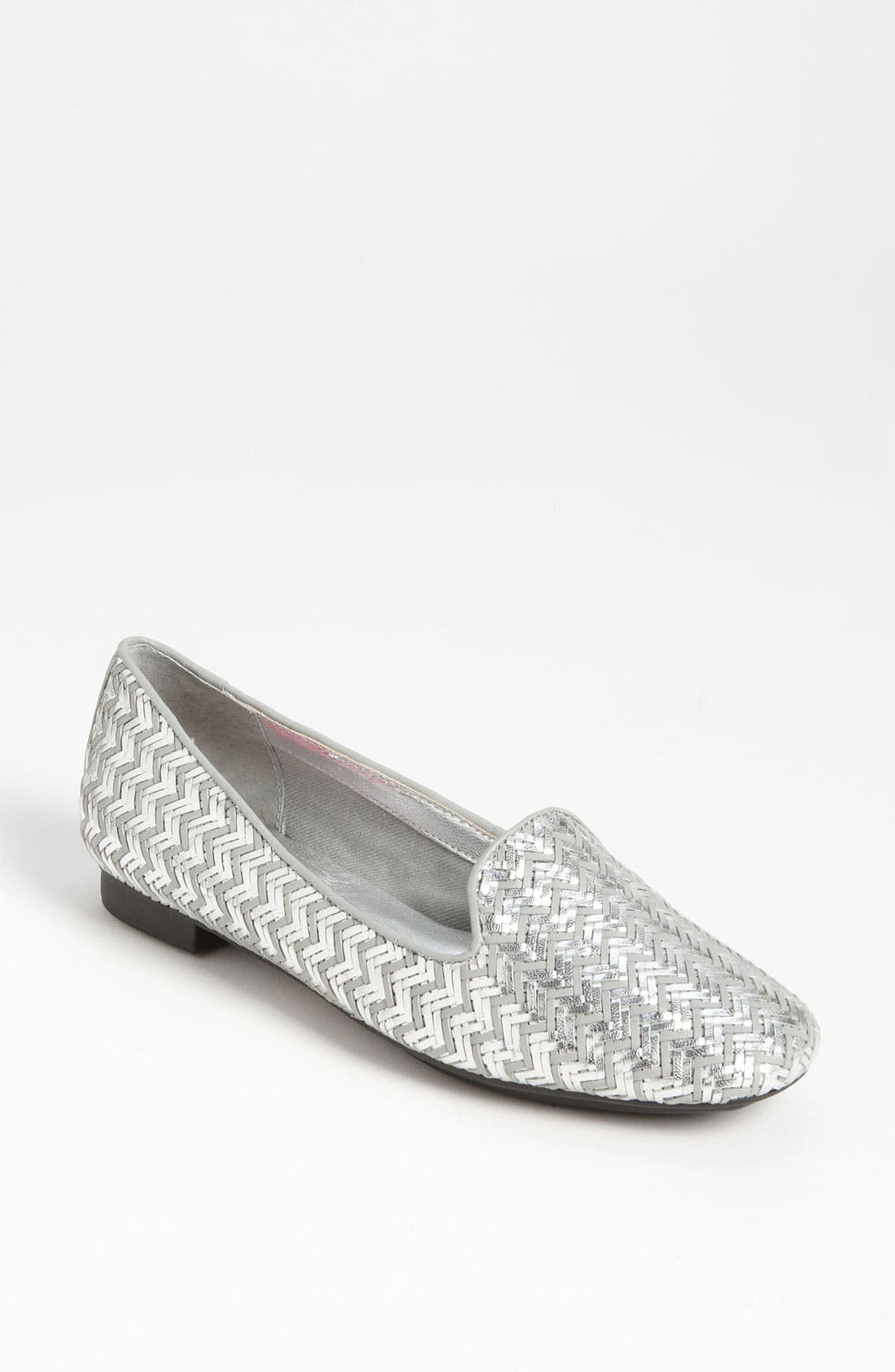 Alternate Image 1 Selected - Isaac Mizrahi New York 'Kailyn' Flat