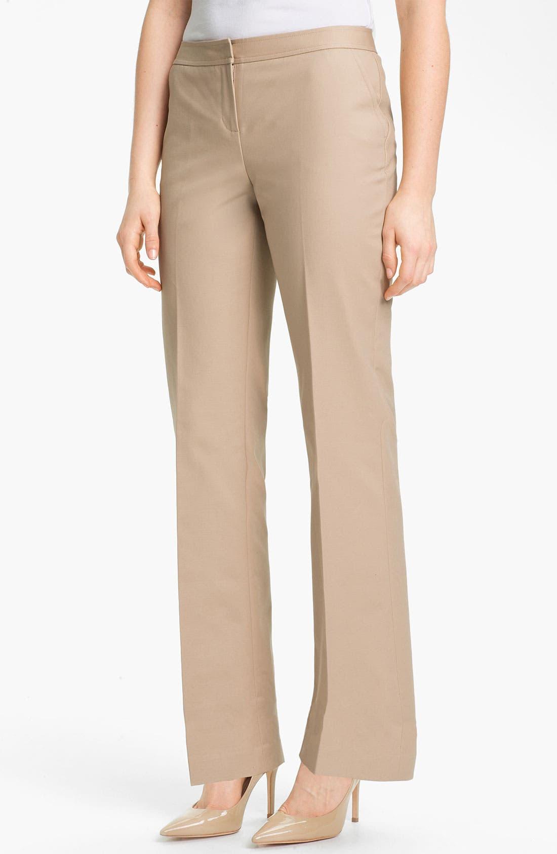 Main Image - Halogen® 'Taylor' Curvy Fit Stretch Cotton Blend Pants (Petite)