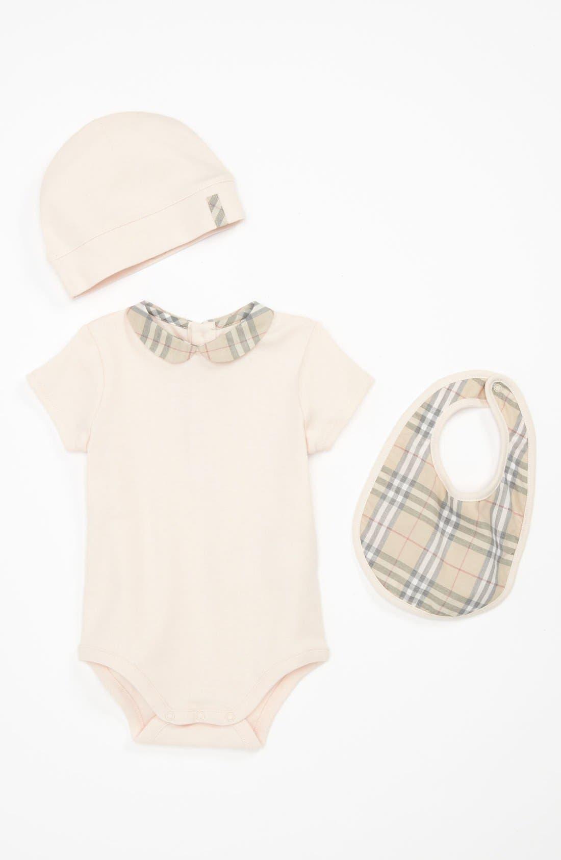 Main Image - Burberry Bodysuit, Bib & Hat Gift Set (Baby)