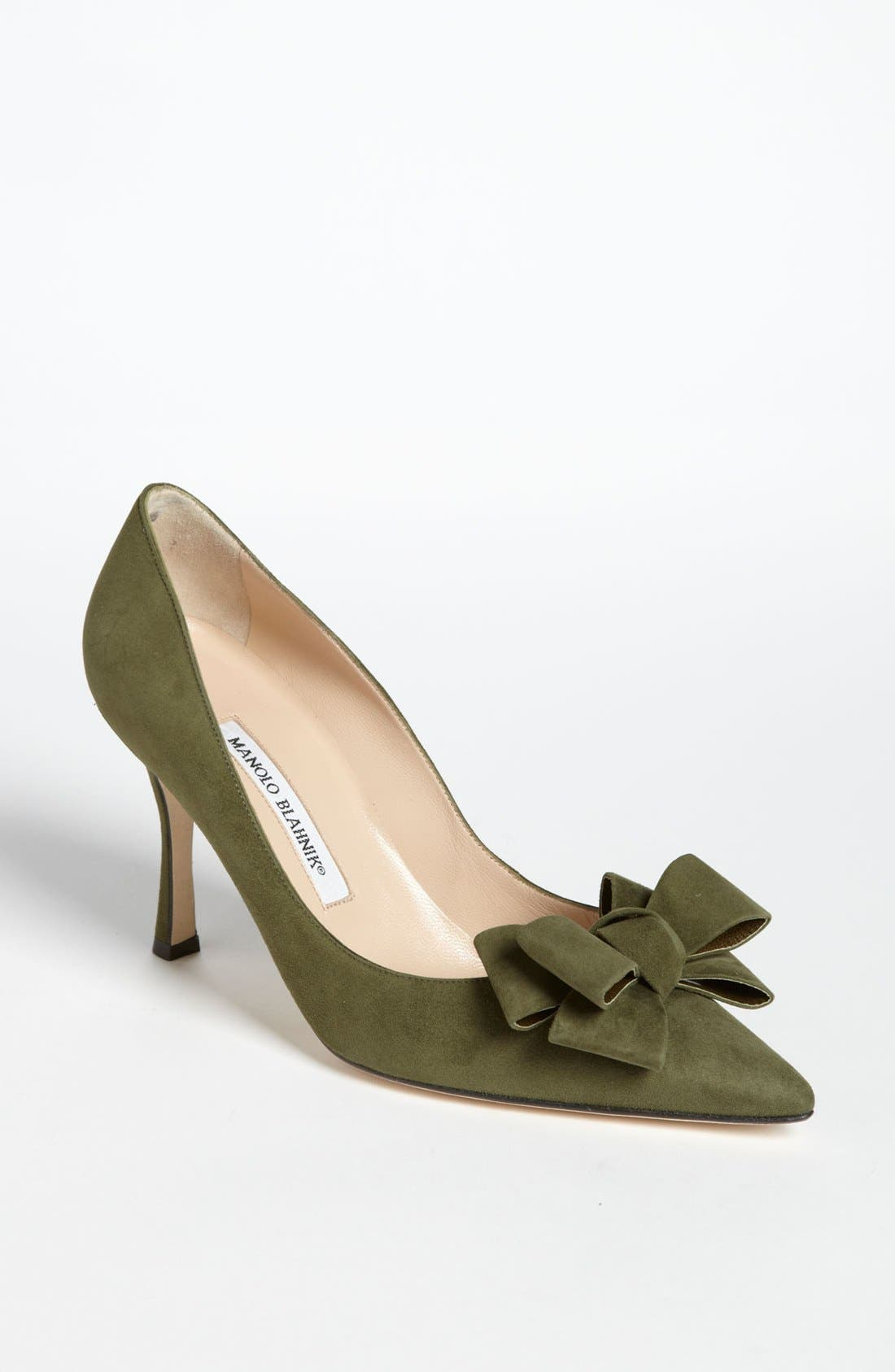 Alternate Image 1 Selected - Manolo Blahnik Bow Pump
