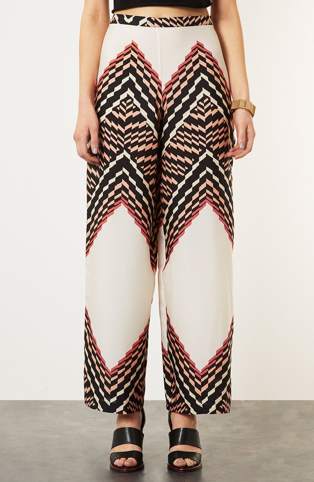 Main Image - Topshop Zigzag Print Wide Leg Trousers