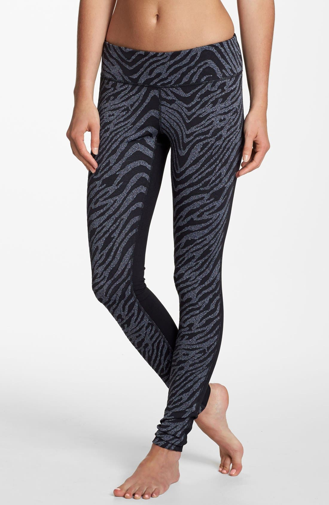Main Image - Zella 'Live In' Zebra Print Leggings