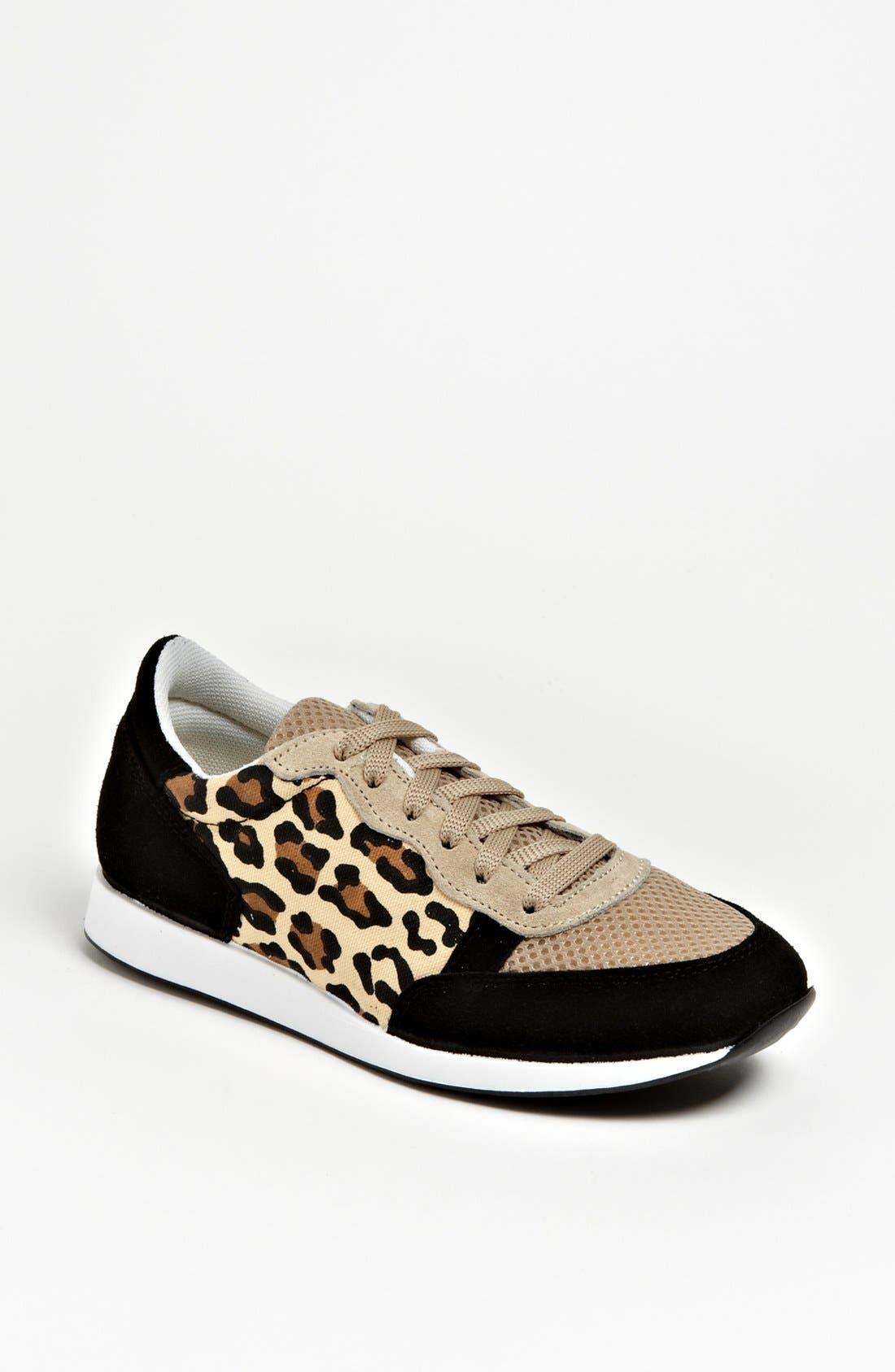 Alternate Image 1 Selected - Topshop 'Truffle' Sneaker