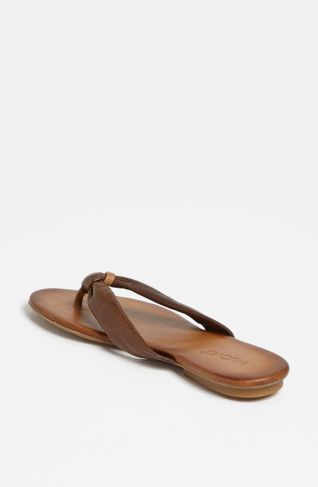 Alternate Image 2  - INUOVO THONG SANDAL