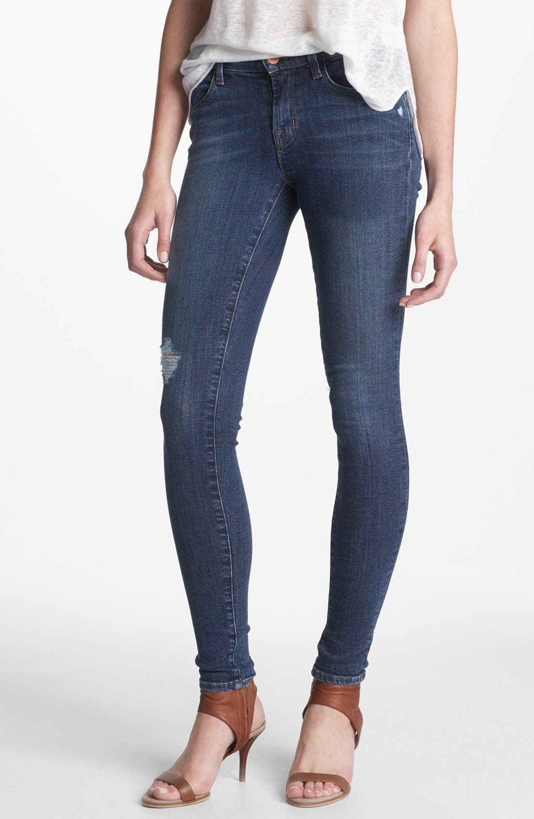 Alternate Image 1 Selected - J Brand '620' Mid-Rise Skinny Jeans (Quantum)
