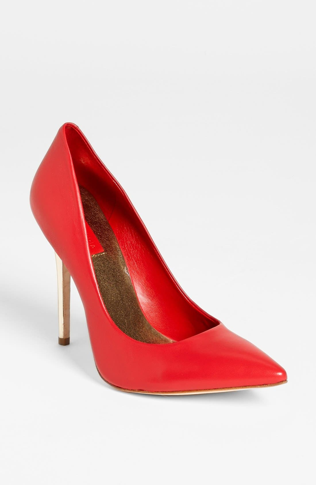 Alternate Image 1 Selected - BCBGMAXAZRIA 'Onnie' Pump