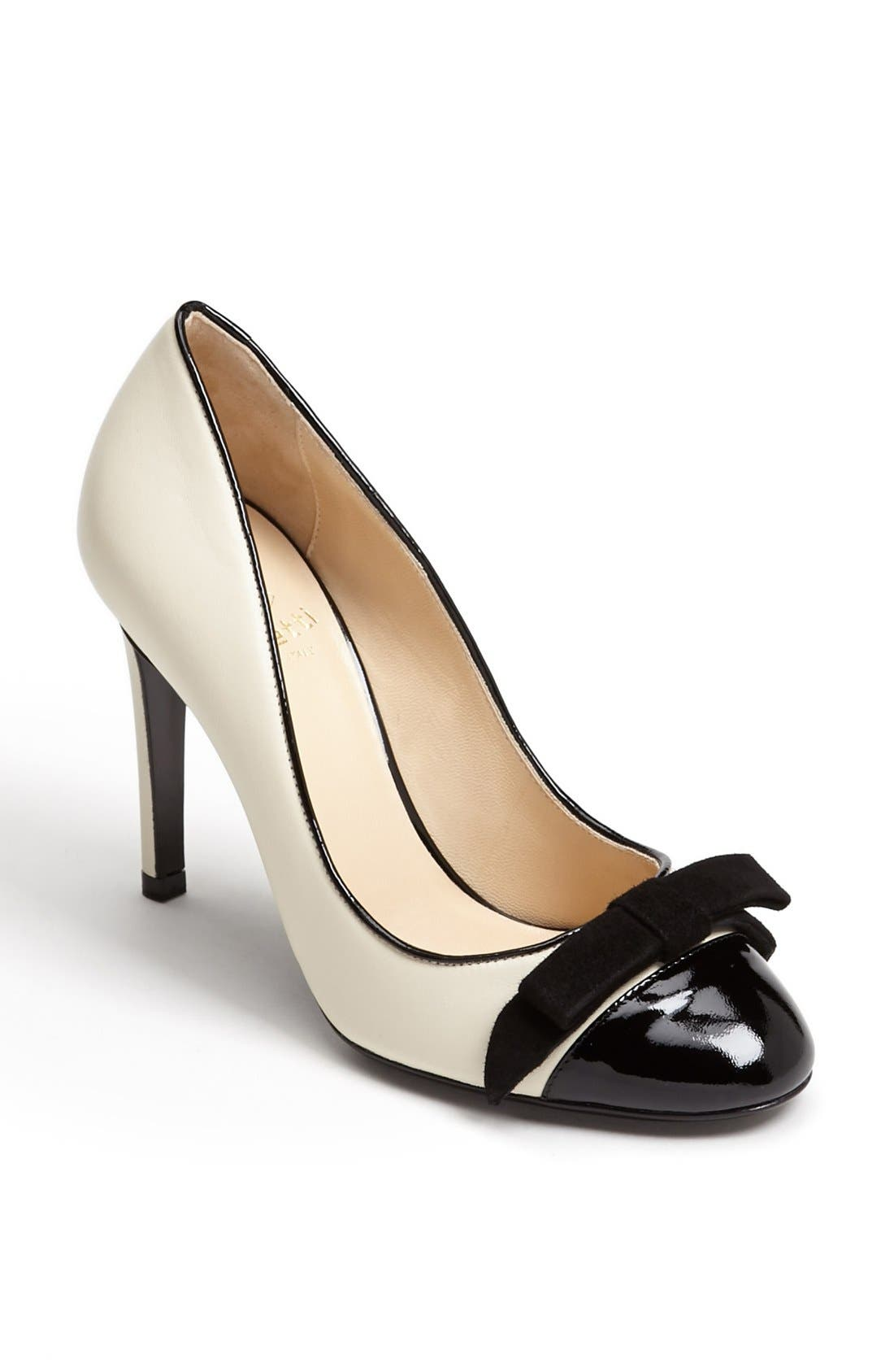 Alternate Image 1 Selected - Taccetti Bow Pump