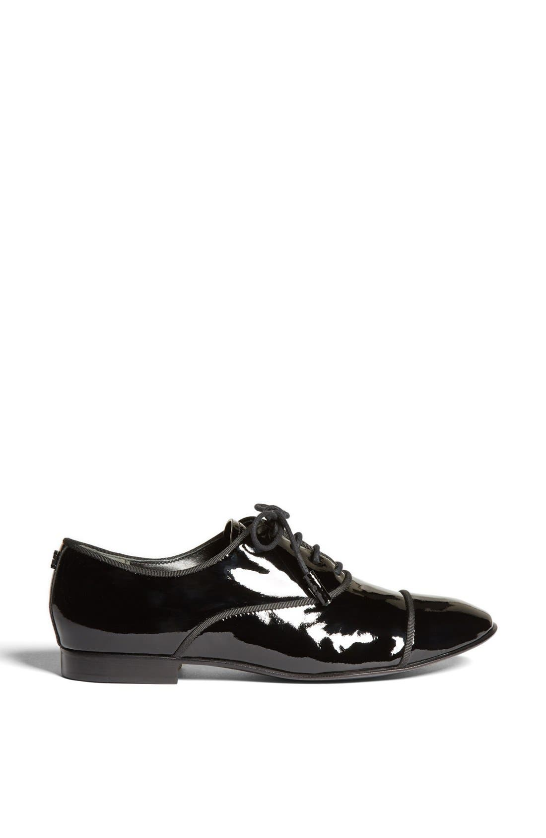 Alternate Image 4  - Tory Burch 'Dylan' Oxford Flat (Online Only)