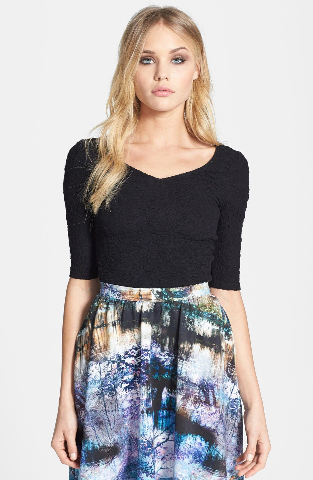 Main Image - Topshop Textured Double V-Neck Top