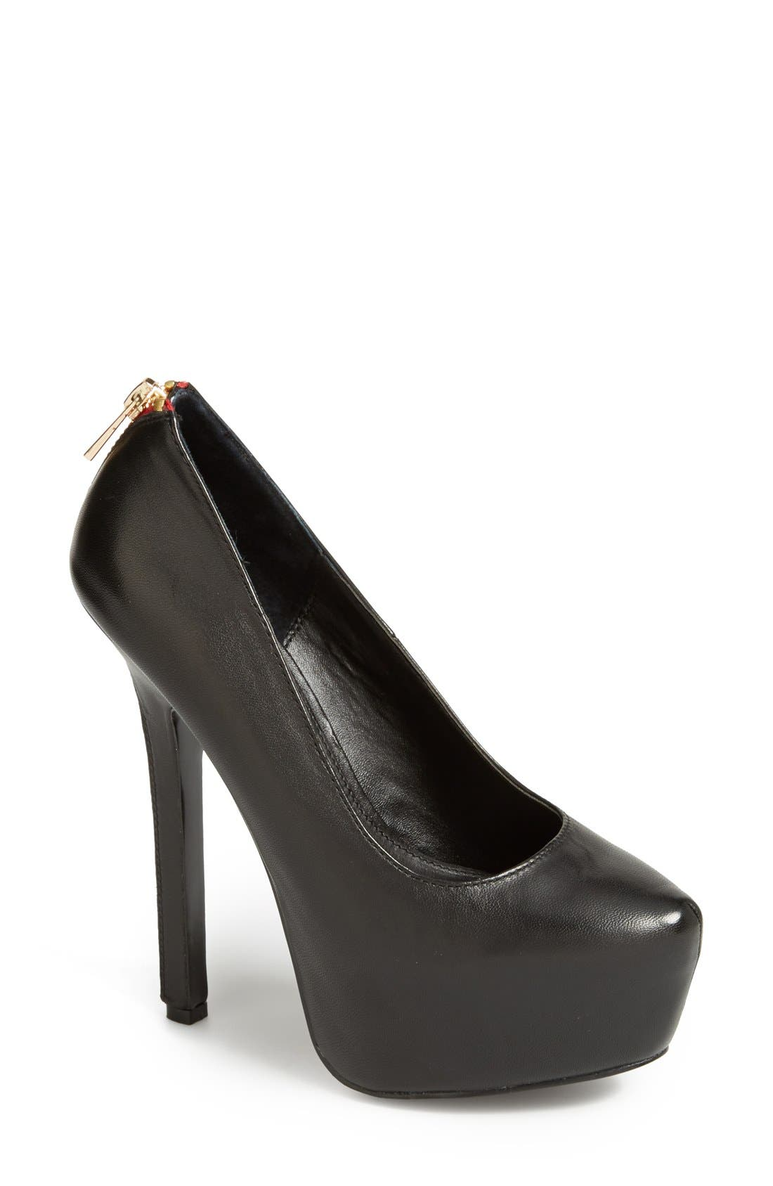 Alternate Image 1 Selected - Steve Madden 'Daara' Pump